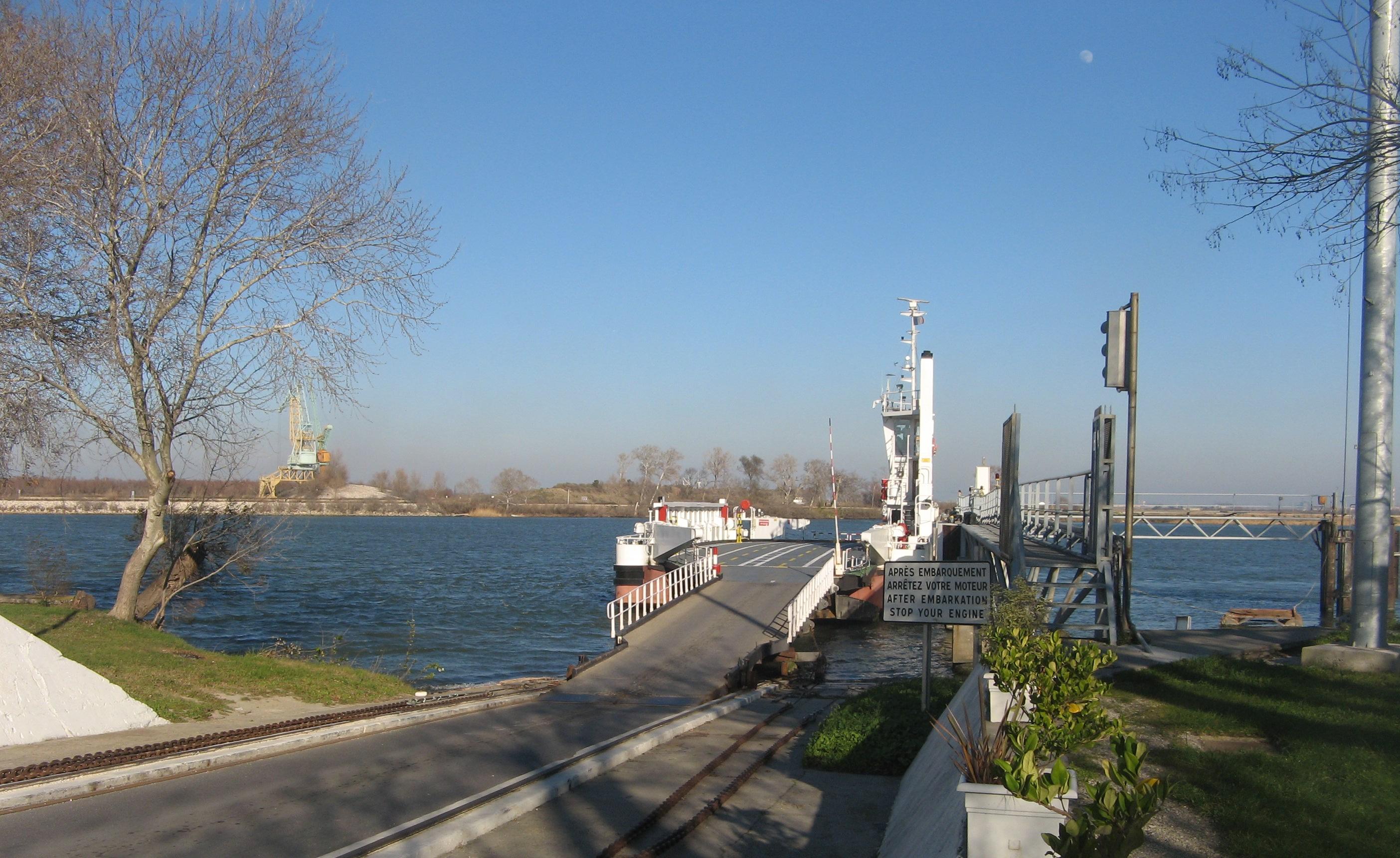 File 030 bac de barcarin wikimedia - Office du tourisme salin de giraud ...