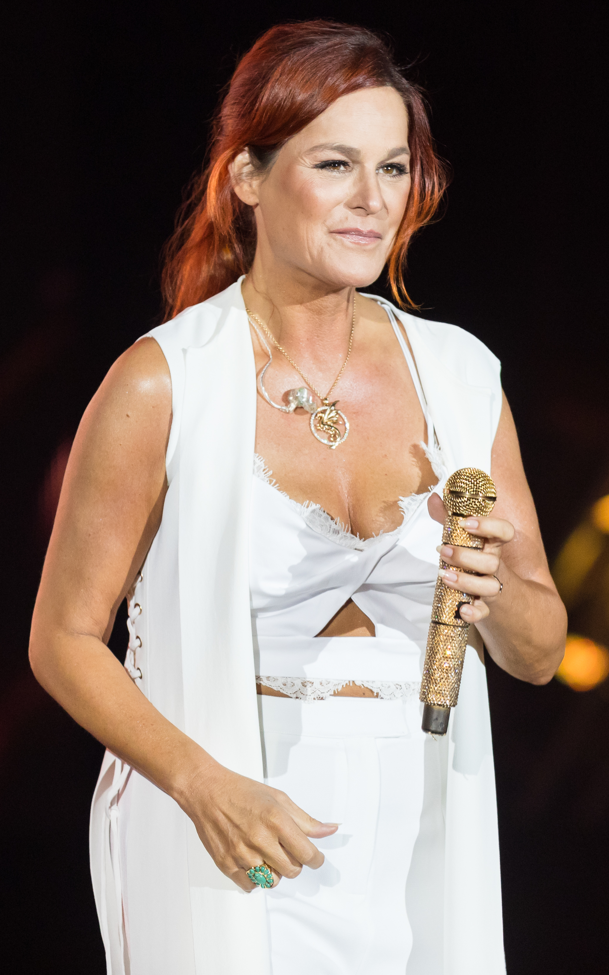 The 54-year old daughter of father (?) and mother(?) Andrea Berg in 2020 photo. Andrea Berg earned a million dollar salary - leaving the net worth at 20 million in 2020
