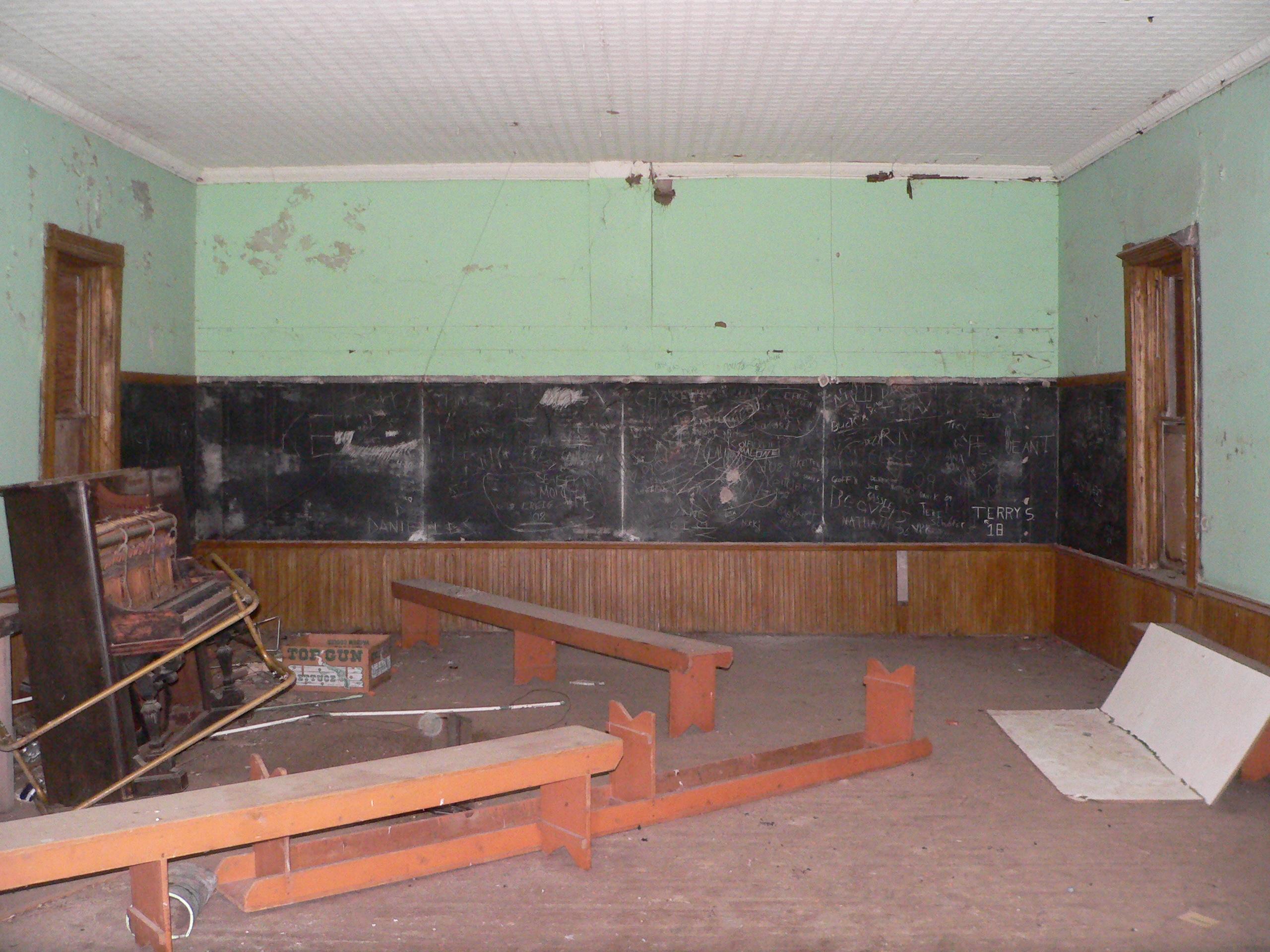 FileAntioch School Pauline Nebraska Interior EJPG