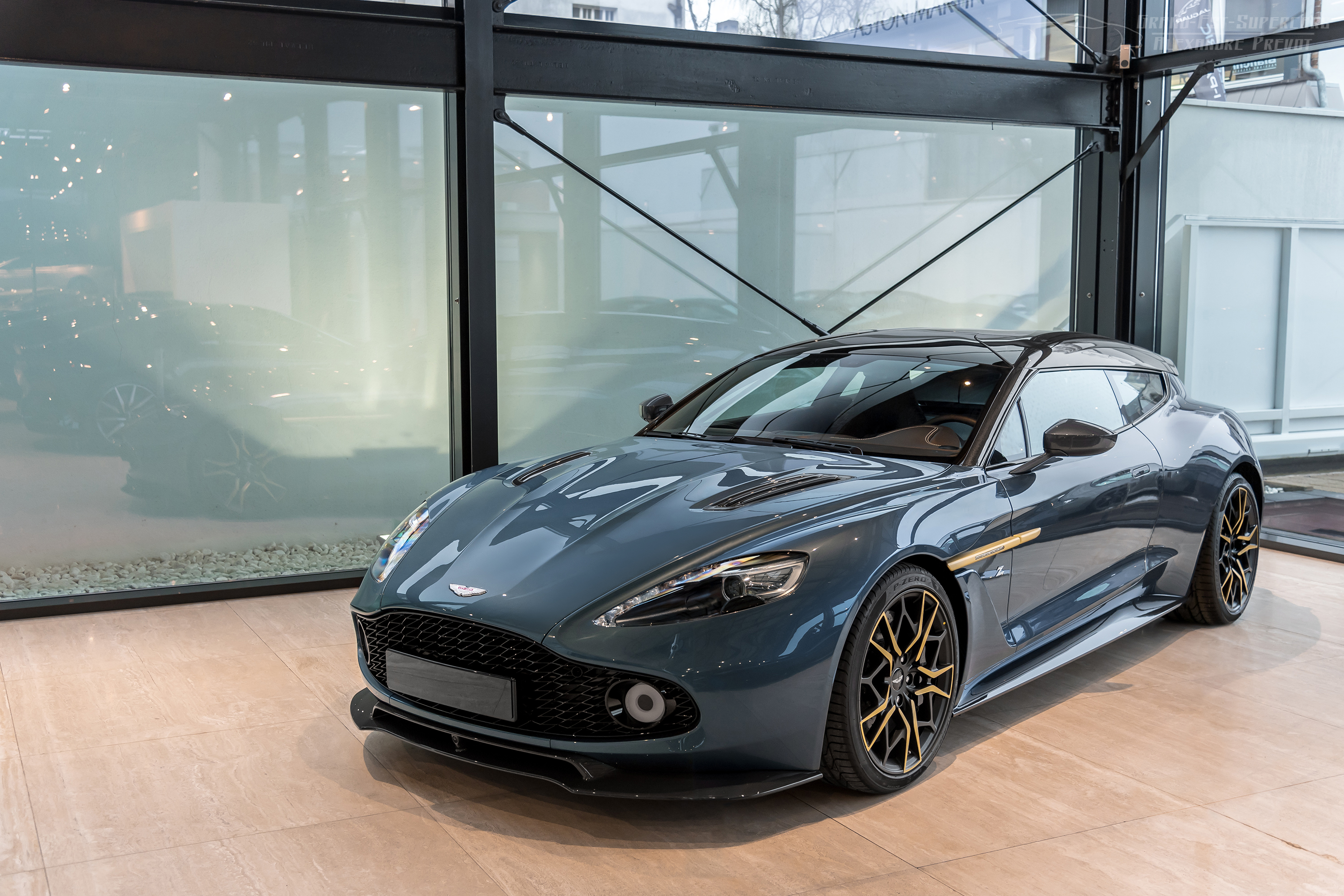 File Aston Martin Vanquish Zagato Shooting Brake 46835725372 Jpg Wikimedia Commons