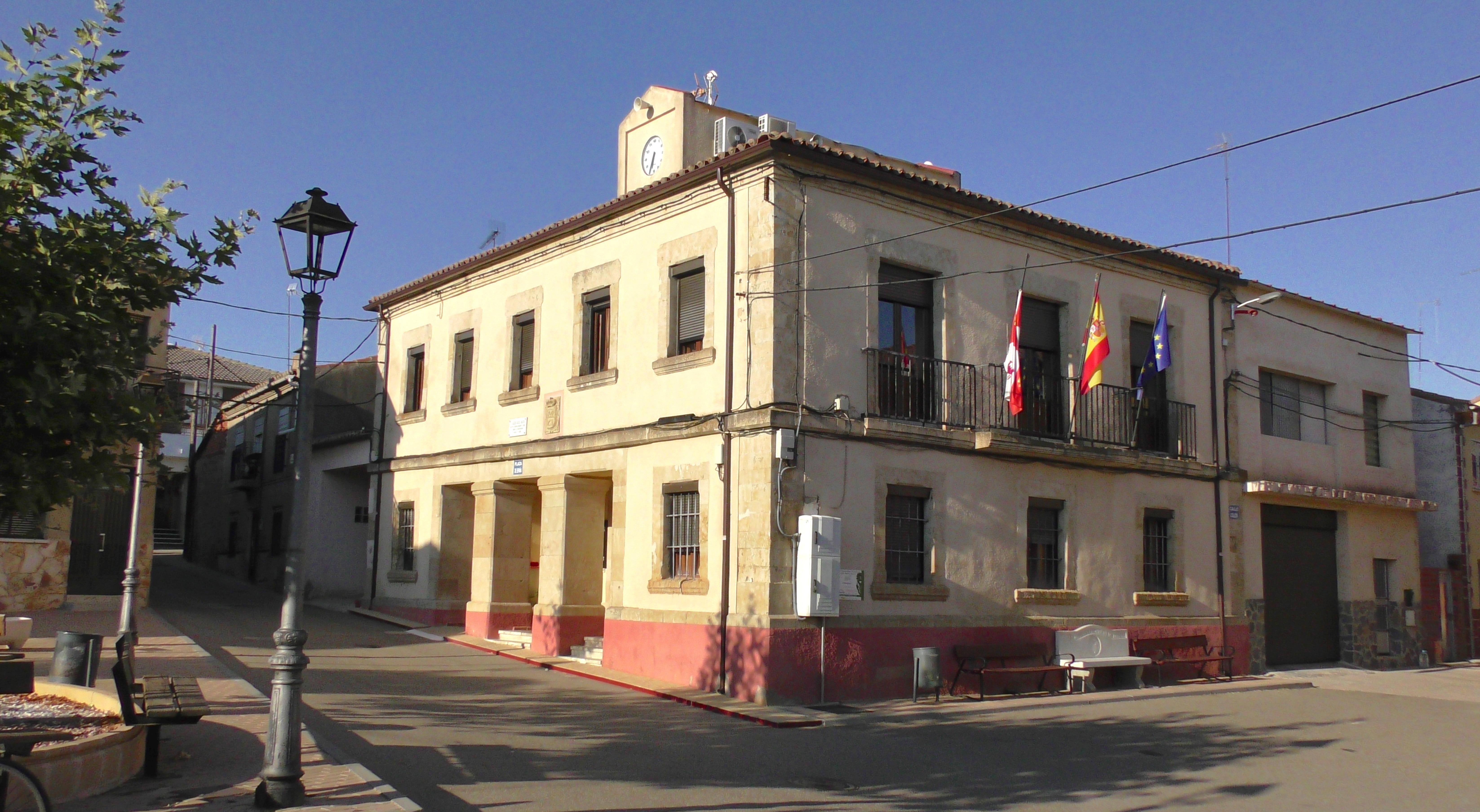 Ayuntamiento_Fuentespreadas.jpg (6588×3616)