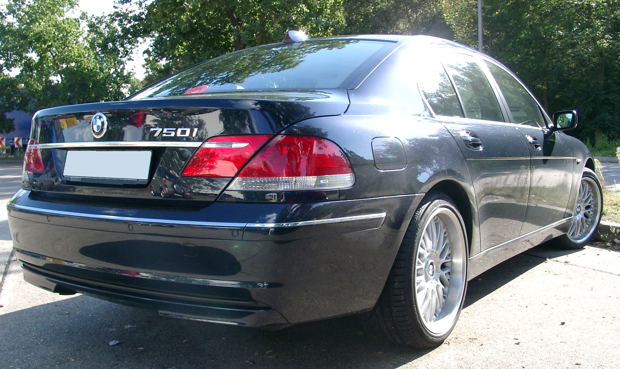 File Bmw E65 Rear 20070904 Jpg Wikimedia Commons