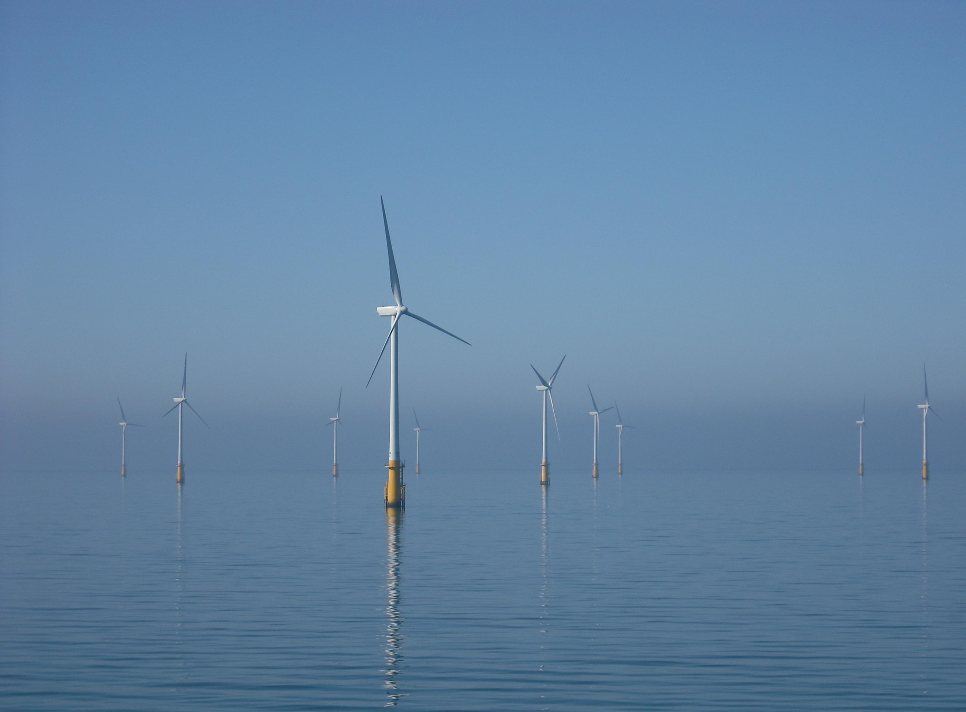 Windkraftanlagen im Offshore-Windpark Barrow