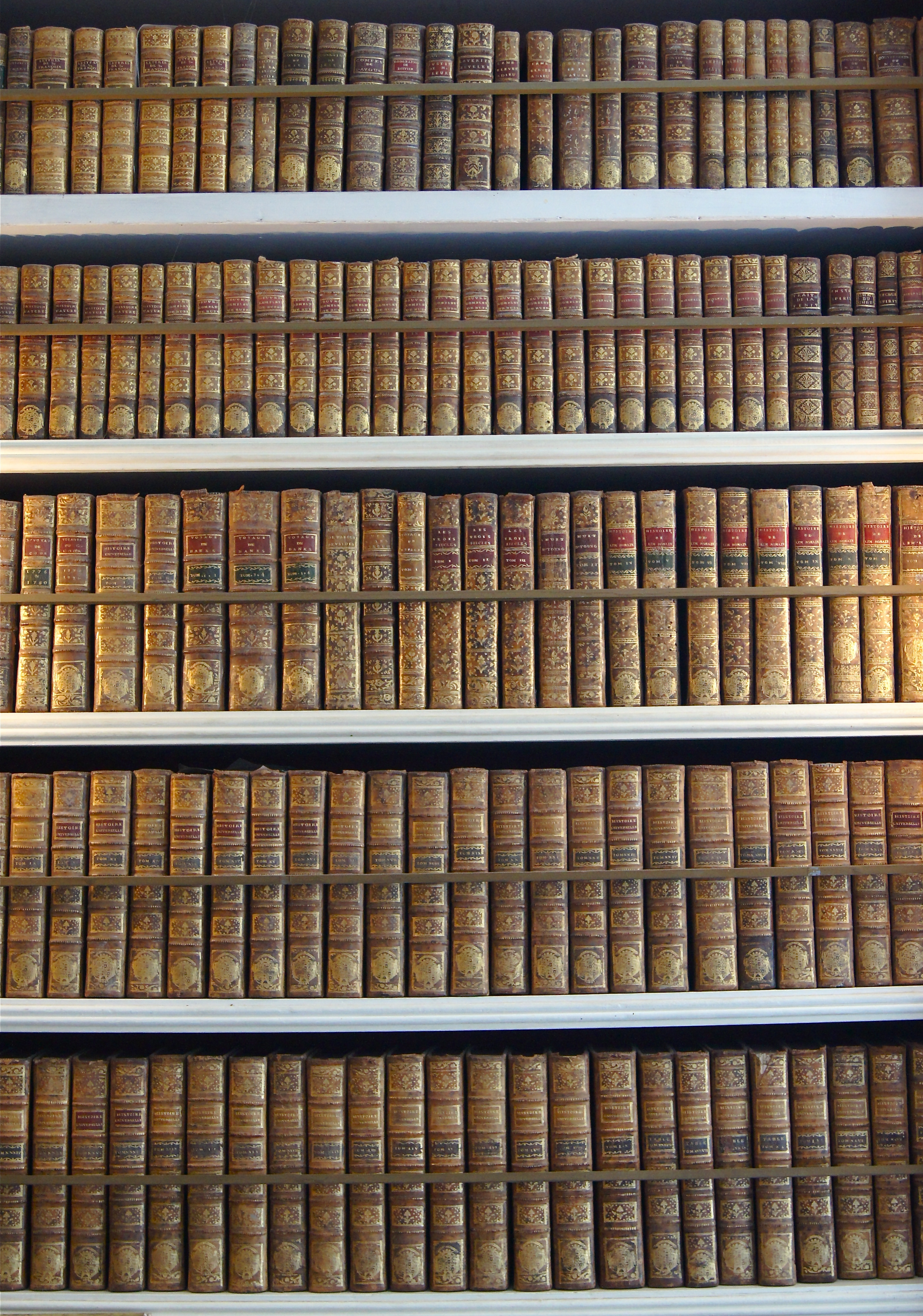 File:Biblioth&#... Law Books Images