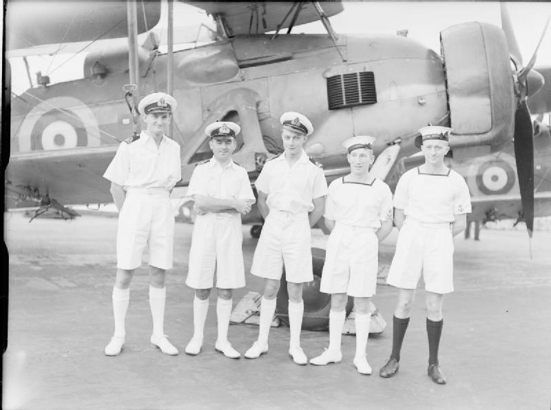 File:Bismarck aircrew rewarded.jpg