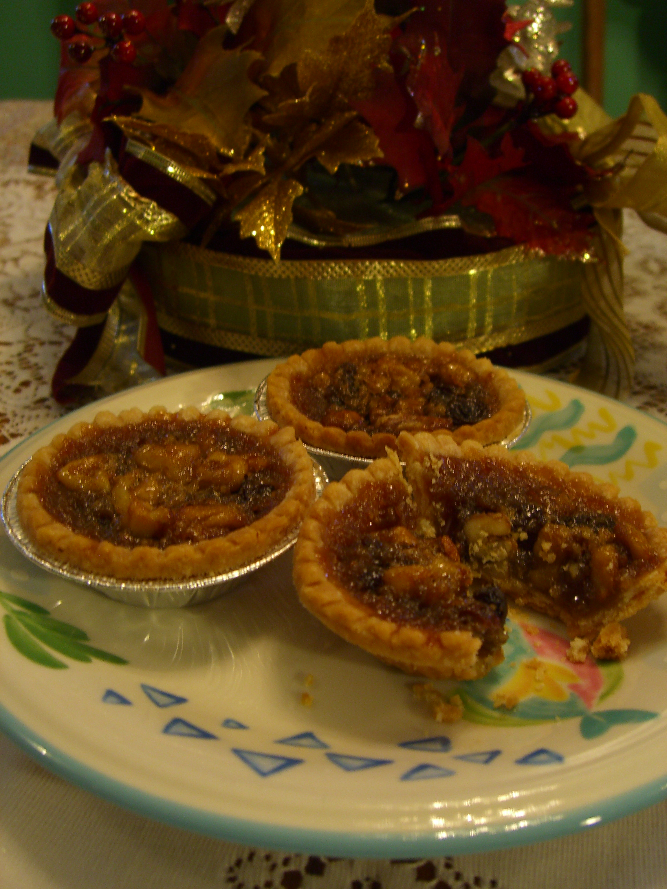 File buttertarts noflash jpg wikimedia commons for Authentic canadian cuisine