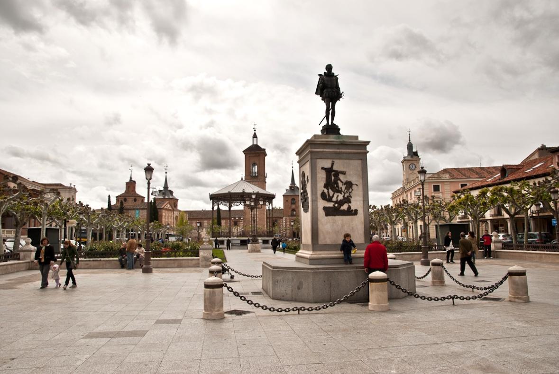 file ciudad de alcal de henares 10 jpg wikimedia commons