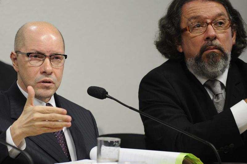 Veja o que saiu no Migalhas sobre Antônio Carlos de Almeida Castro
