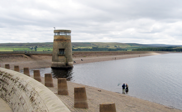 Derwent Reservoir - geograph.org.uk - 32053