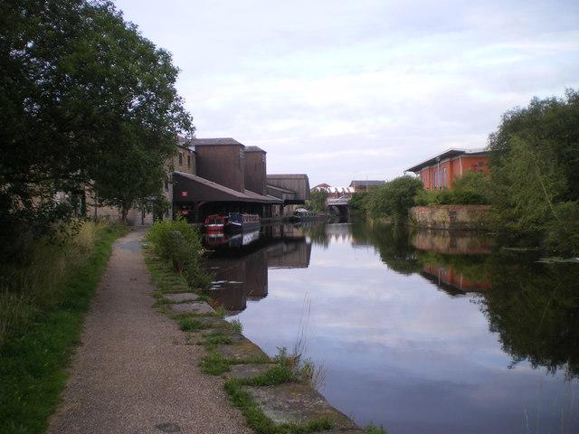 Eanam Wharf Blackburn - geograph.org.uk - 1658361