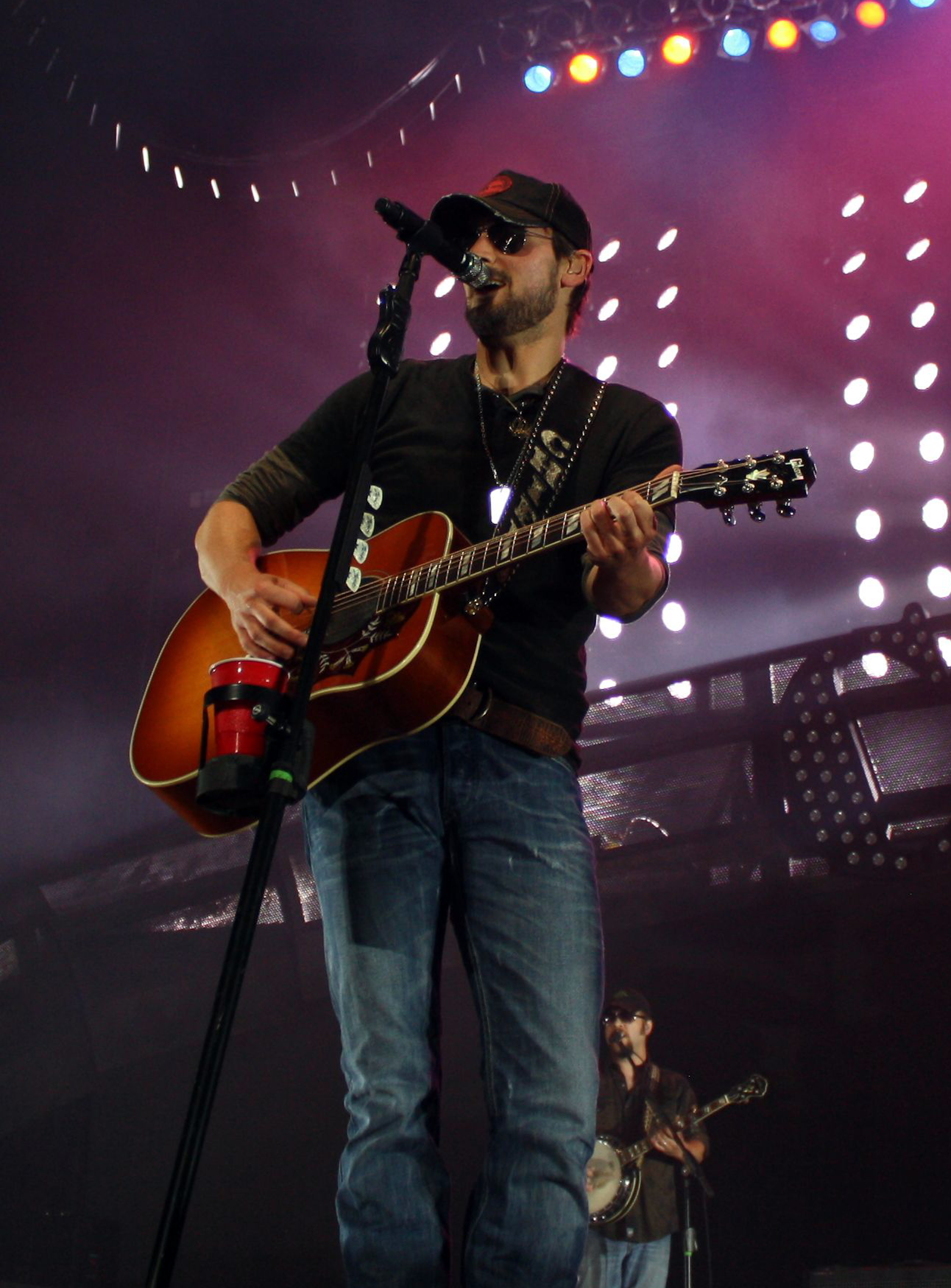 The 41-year old son of father (?) and mother(?) Eric Church in 2018 photo. Eric Church earned a  million dollar salary - leaving the net worth at 10 million in 2018