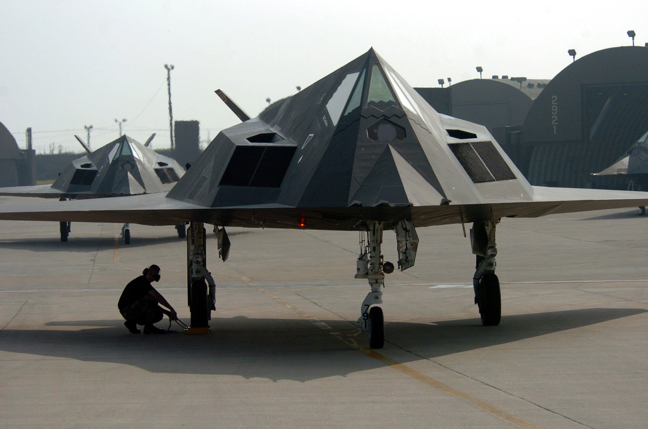 Lockheed F-117 – Wikipedia