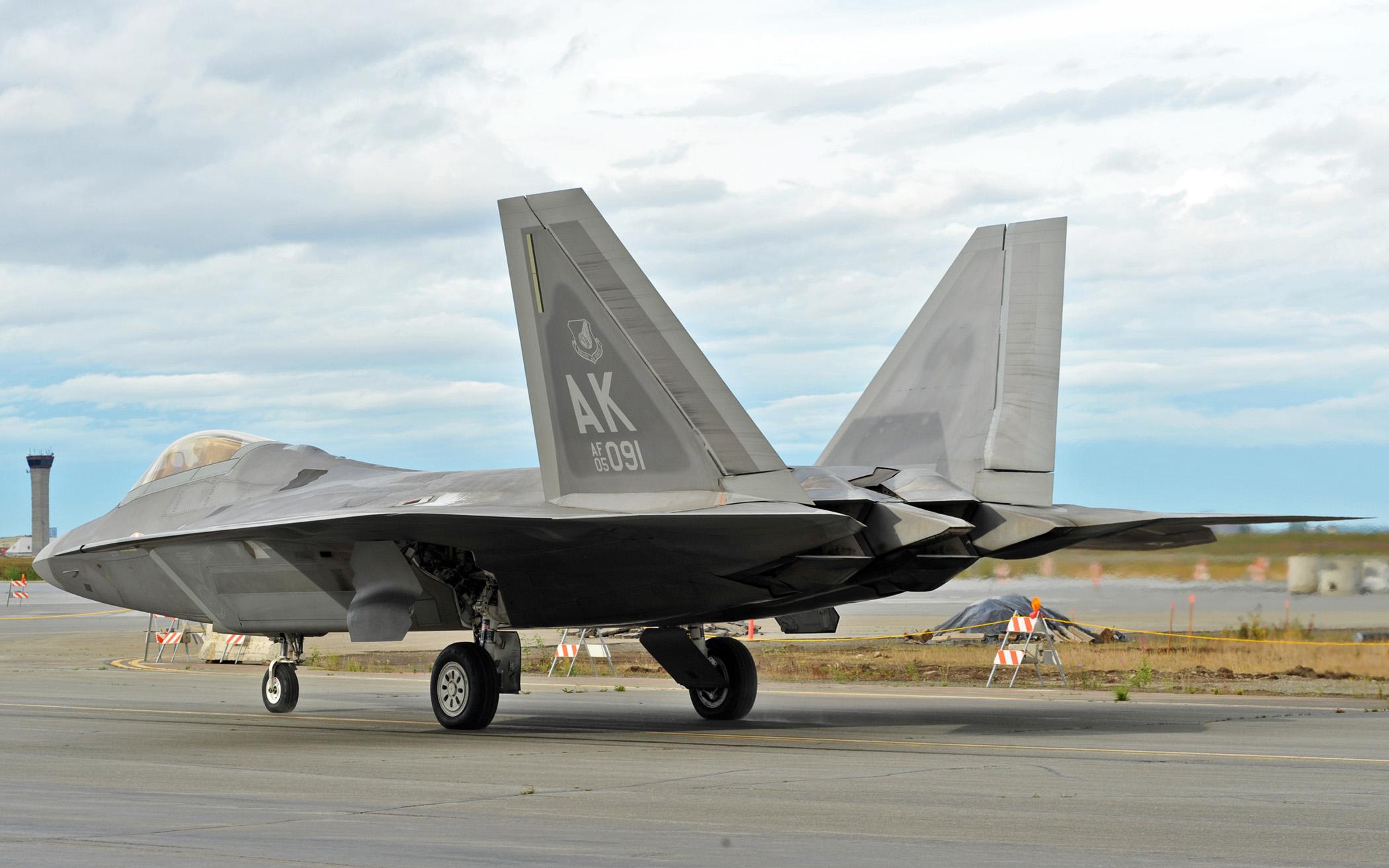 File:F-22 Raptor at Red Flag Alaska - 090727-F-9586T-102