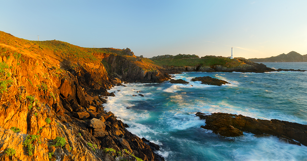 Archivo:Faro de Cabo do Home, Donón,Cangas do Morrazo.jpg ...