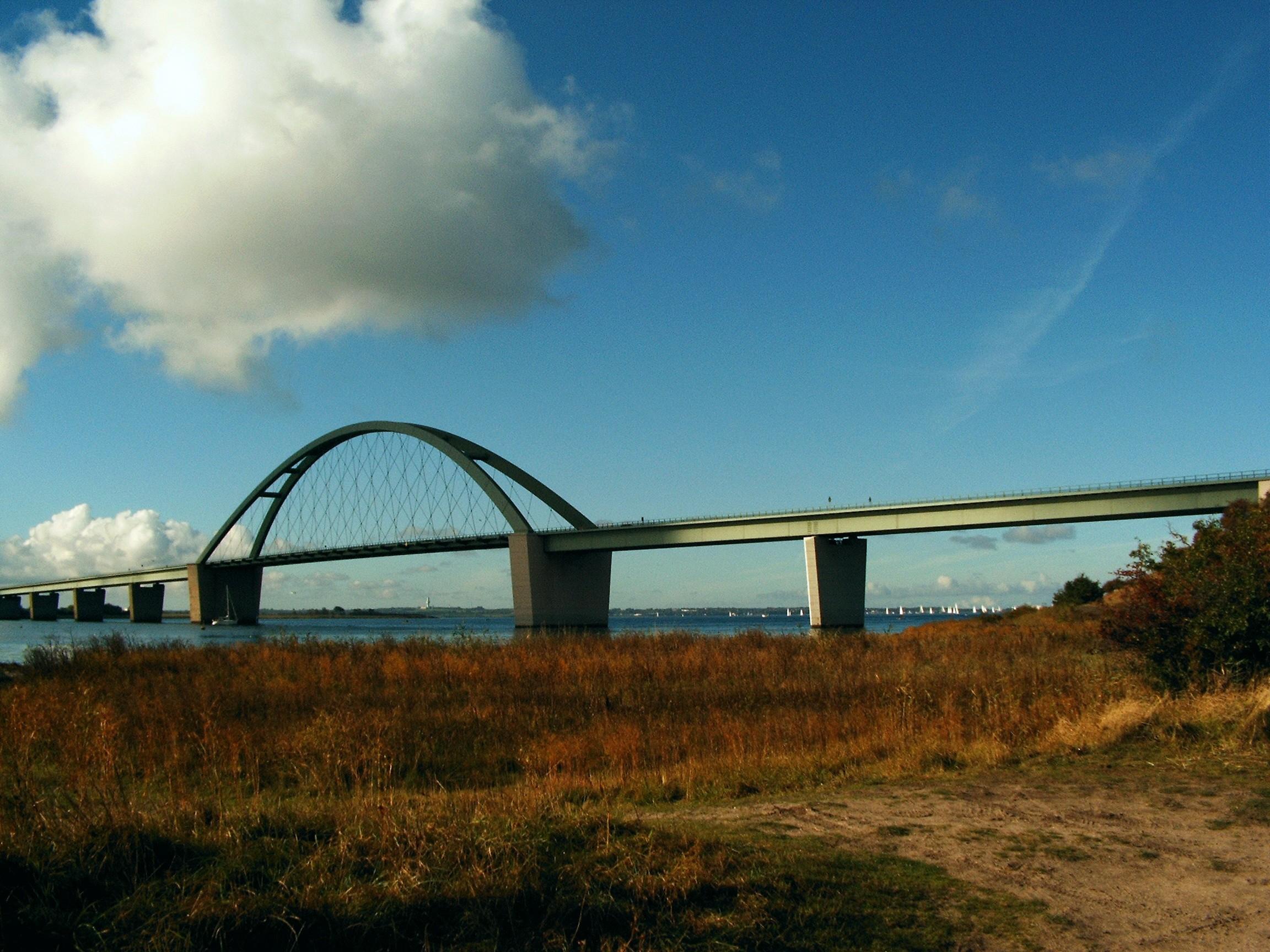 Fehmarnsundbrücke 057a.jpg