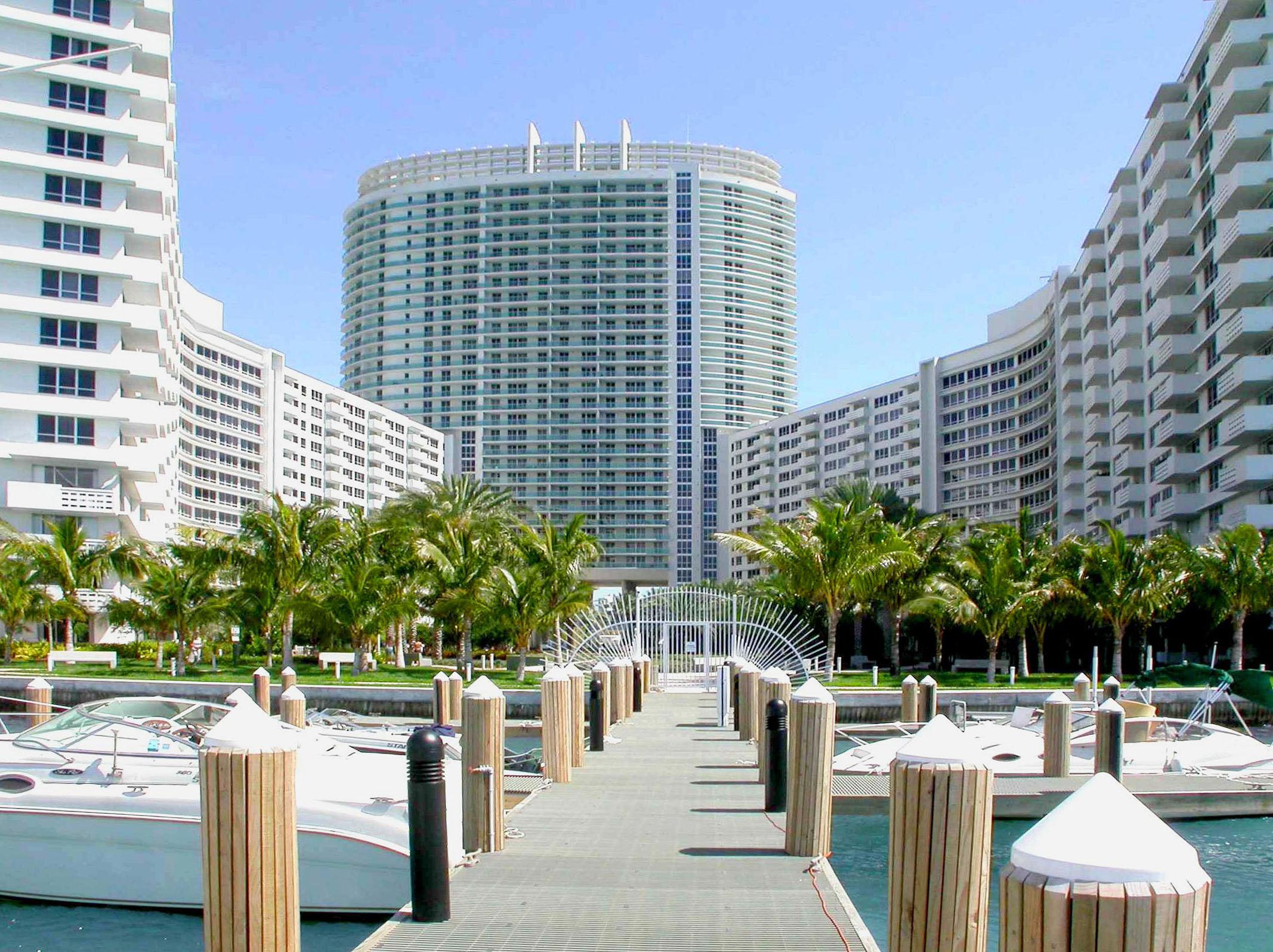 Flamingo South Beach Room For Rent