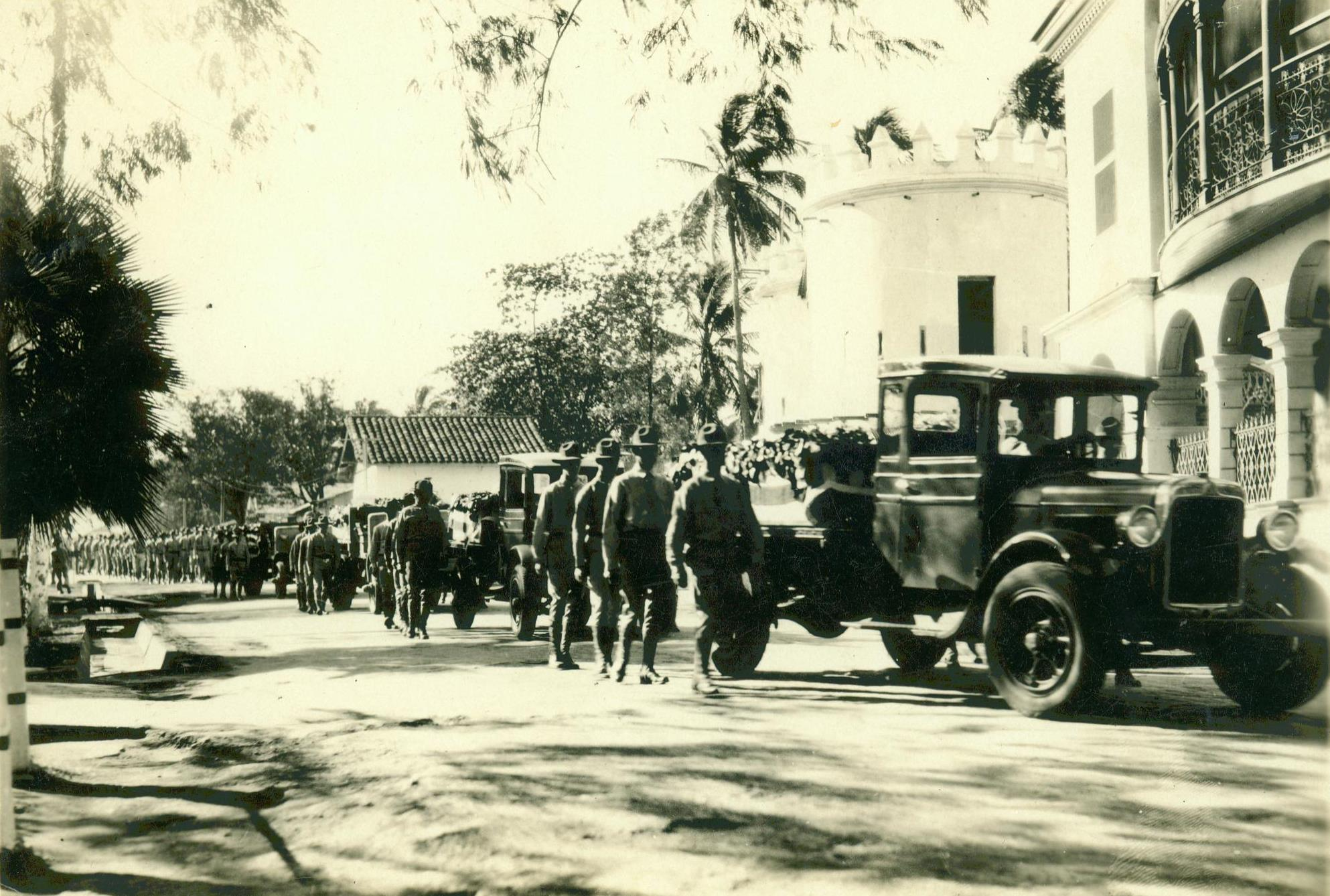central states of usa with File Funeral Cortege  Managua  Nicaragua  8 January 1931  17692234525 on File Church of St  Stephen  St  Stephen  Minnesota  1 additionally USACcleaverK likewise Ostrom Facts in addition File WATER COOLING TOWERS OF THE JOHN AMOS POWER PLANT LOOM OVER POCA  WV  HOME THAT IS ON THE OTHER SIDE OF THE KANAWHA      NARA   551152 furthermore Westminster Presbyterian Church Minneapolis 2.