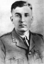 George Albert Cairns VC IWM HU2052.jpg