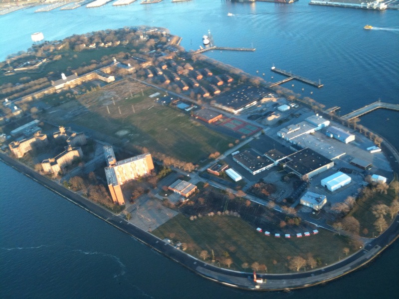 Governors Island aerial.jpg