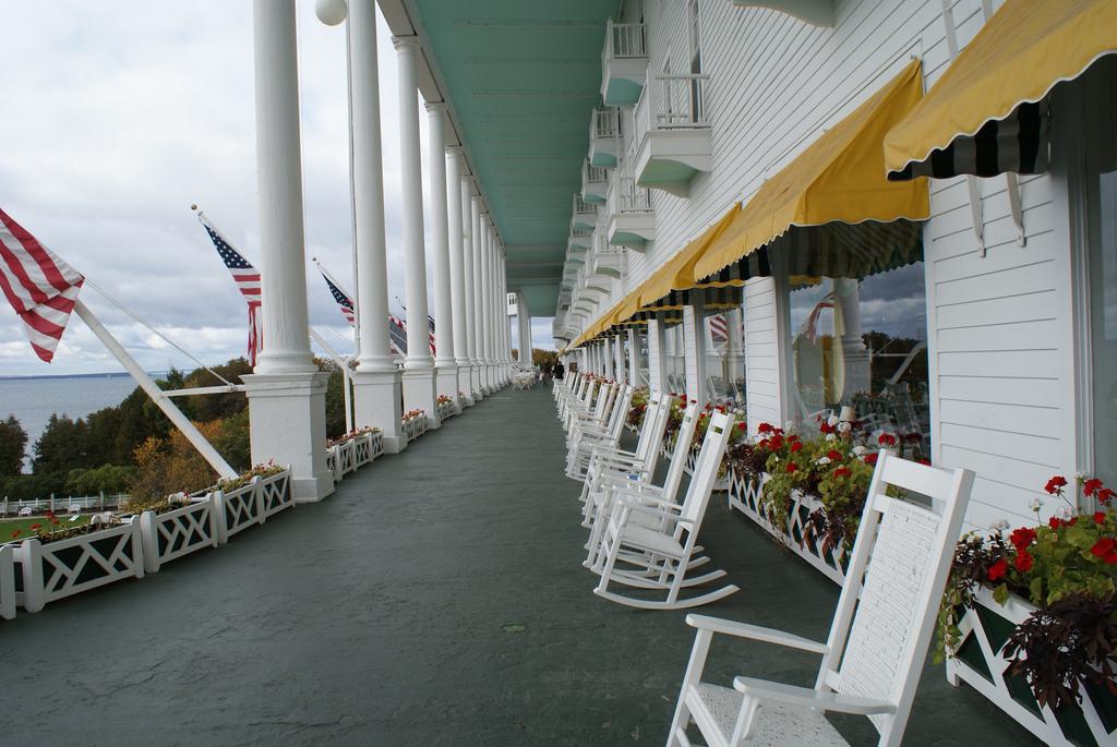 File Grand Hotel Porch Jpg