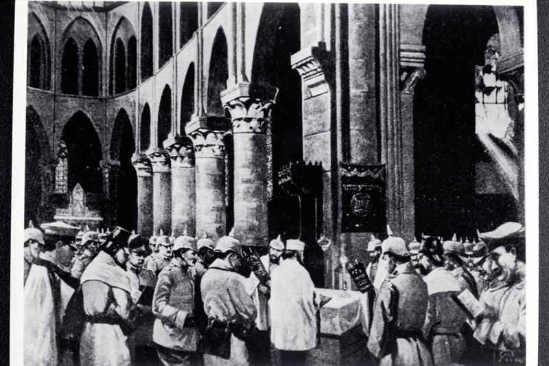 Jewish soldiers at Military Yom Kippur synagogue service; World War I (4820982831).jpg
