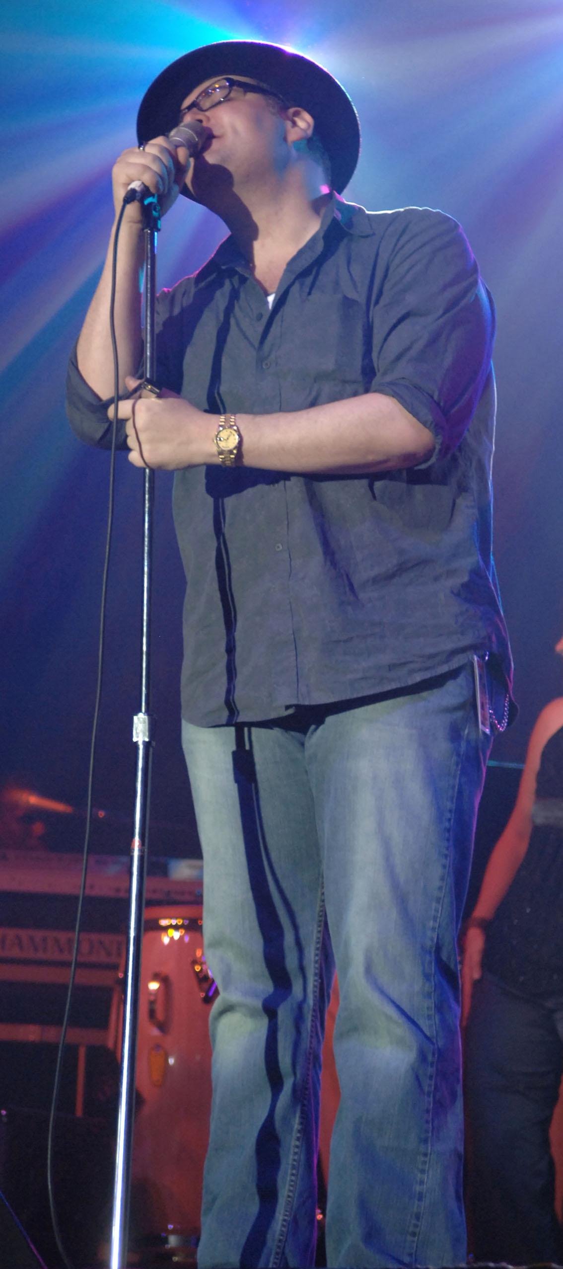 blues traveler singer weight loss