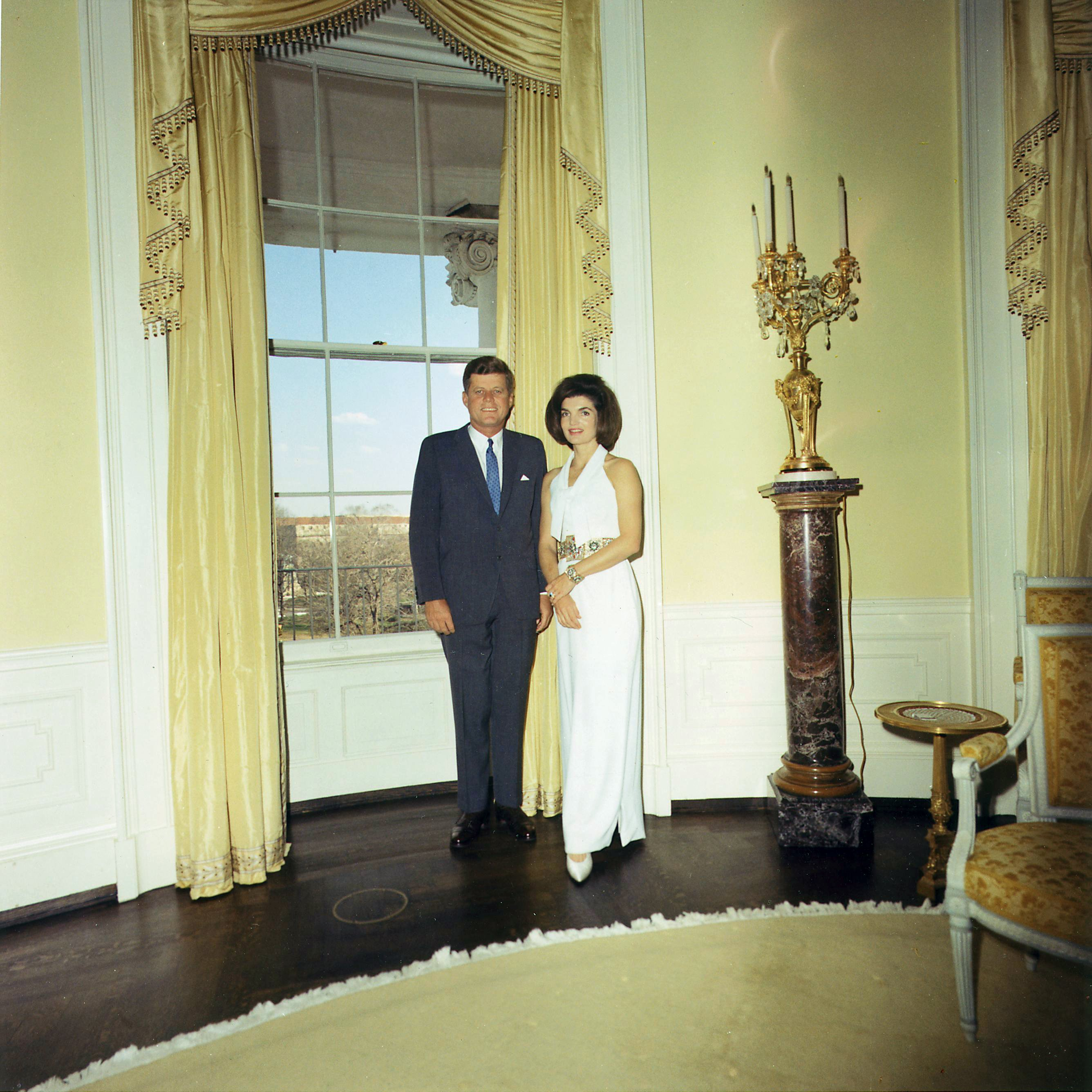 Jfk Oval Office File Kennedys In The Yellow Oval Room 3 28 63 Jpg