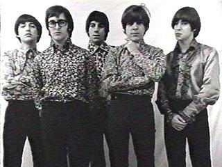 Los Gatos en 1967: De izquierda a derecha: Ciro Fogliatta (órgano), Kay Galifi (guitarra), Oscar Moro (batería), Litto Nebbia (voz, armónica y pandereta) y Alfredo Toth (bajo).