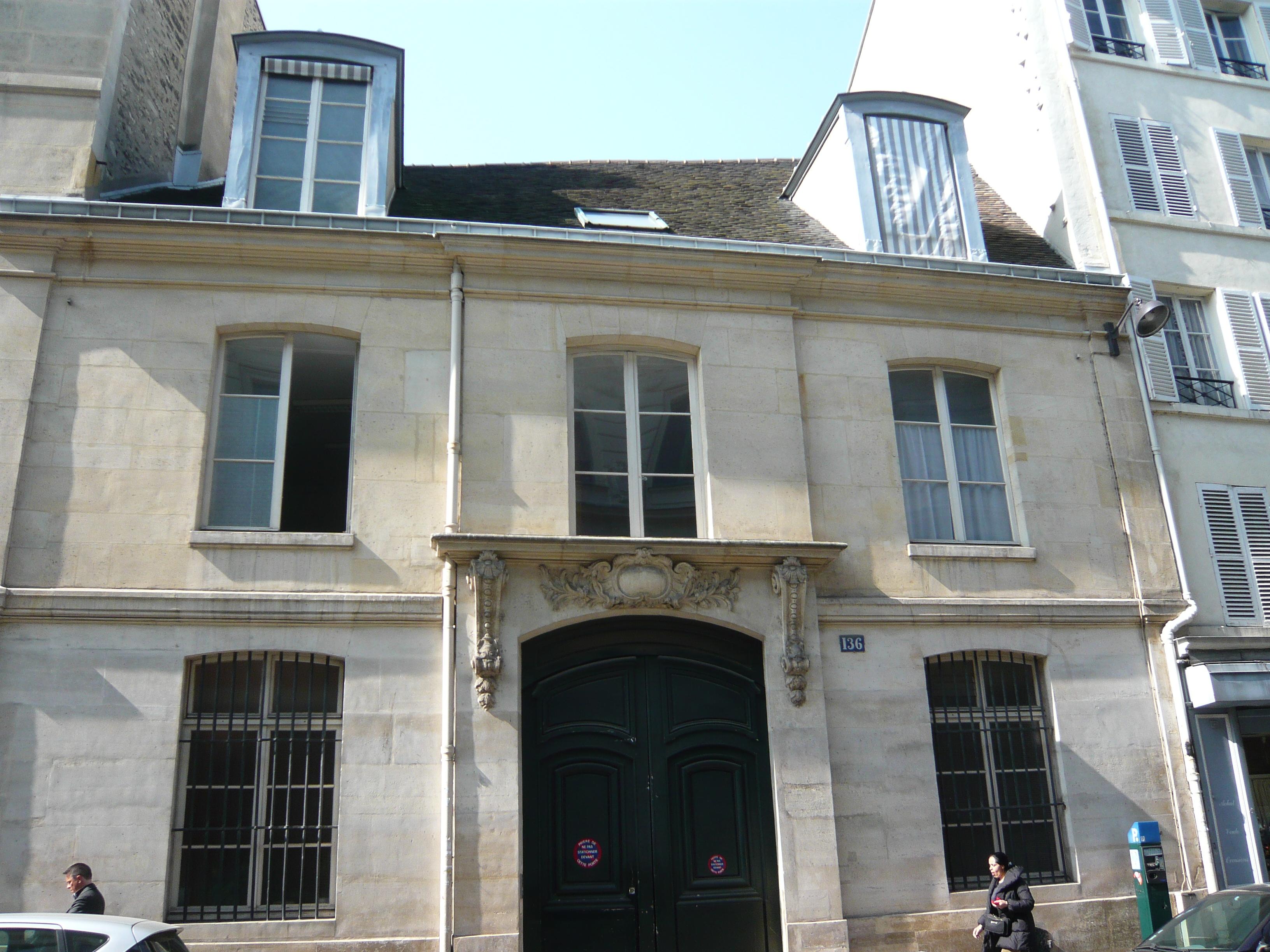 File maison des filles de la charit 136 rue du bac for Maison du the paris