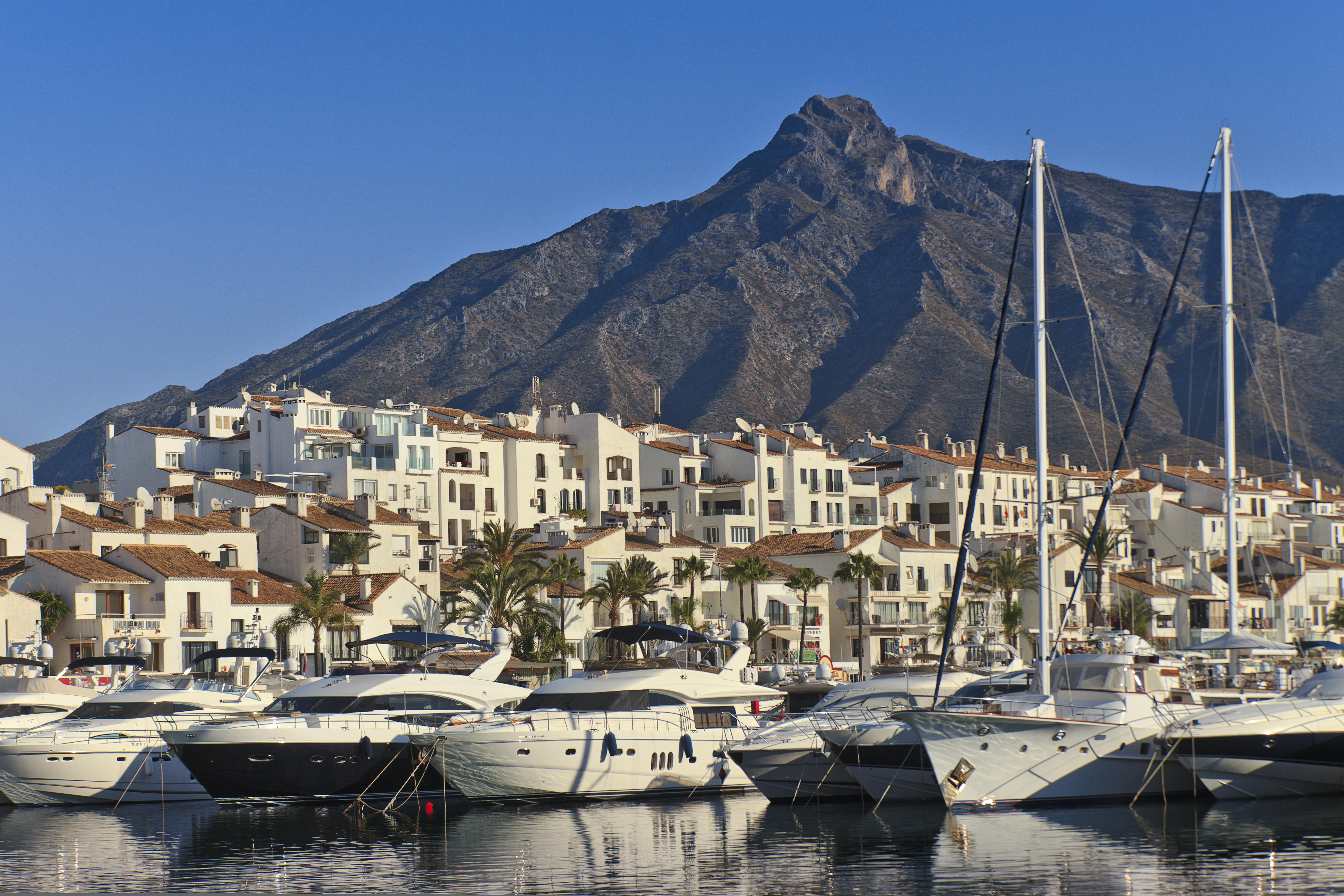 Poker golf and tapas the 40 000 guaranteed 888live - Puerto banus marbella ...