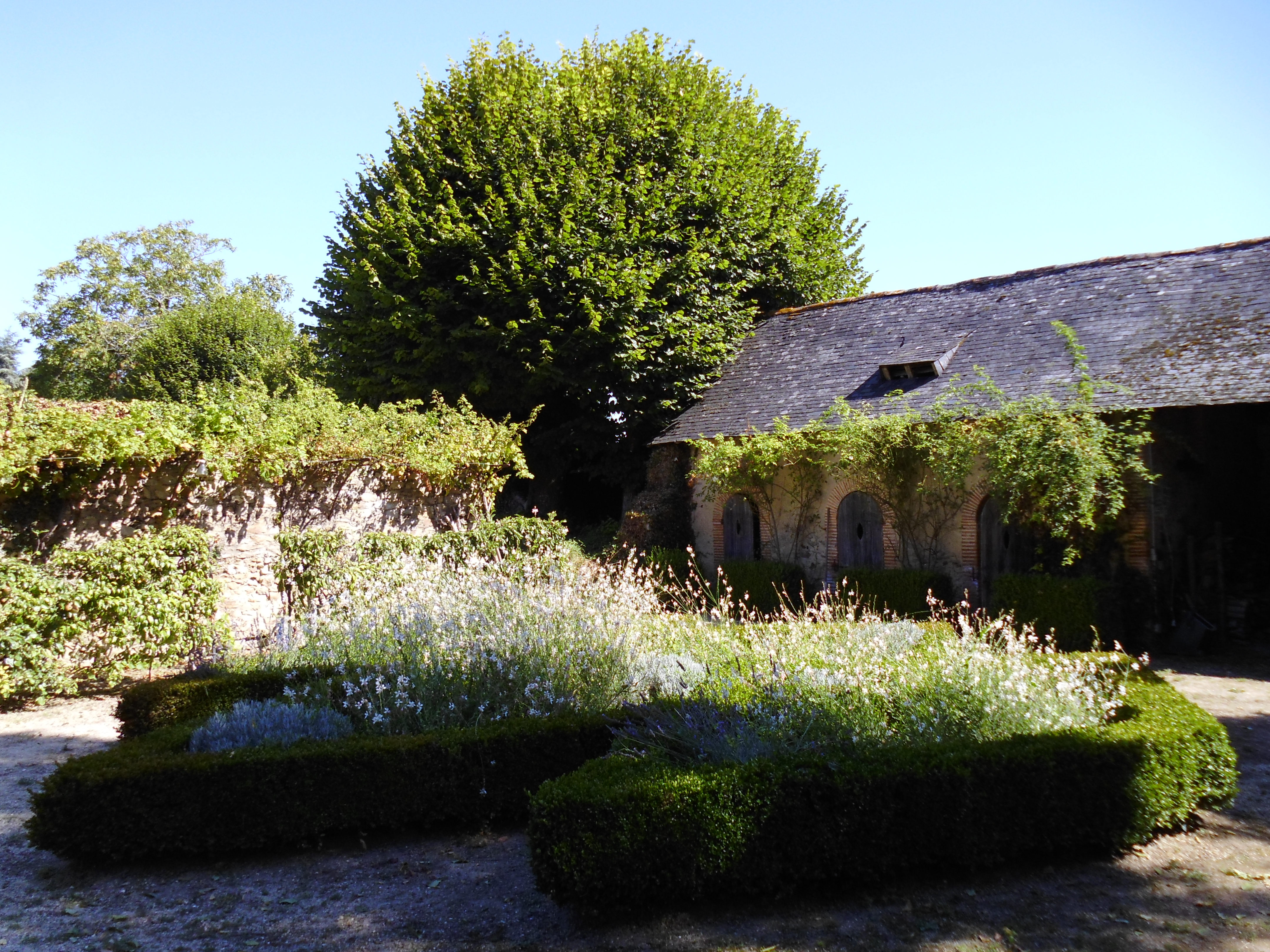 Fichier marc manoir de la brideraie jardin for Jardin 05