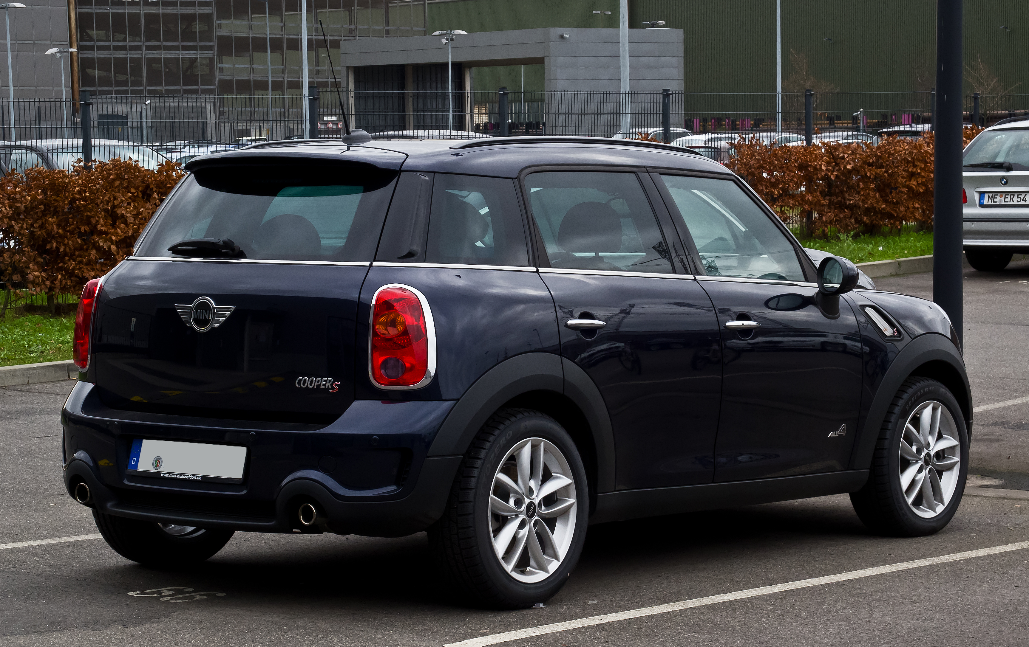 file mini cooper s all4 countryman r60 heckansicht 31 dezember 2012 d. Black Bedroom Furniture Sets. Home Design Ideas