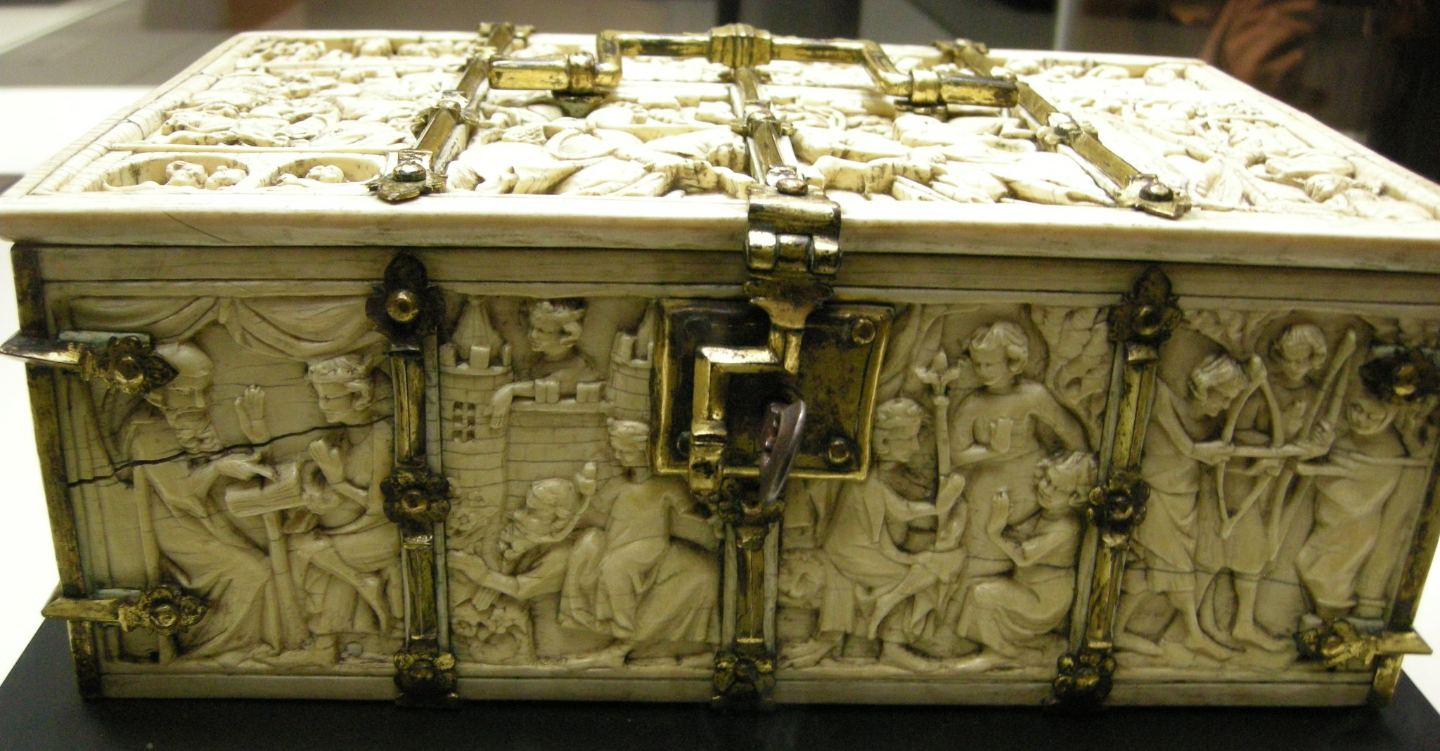 Mnma C Casket With Assoulkt To The Castle Of Love And Other Romance Scenes C Paris C Ivory