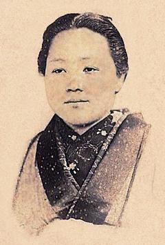Niijima Yae.jpg