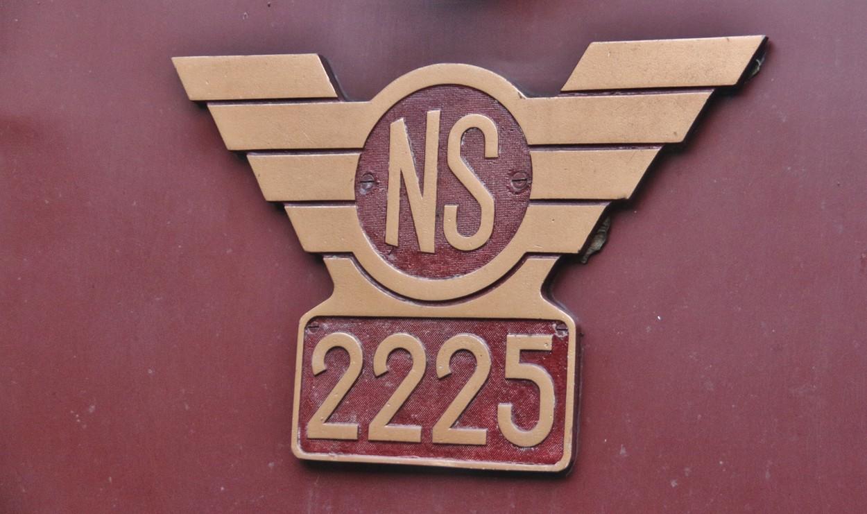 File:Nummer NS 2225.jpg