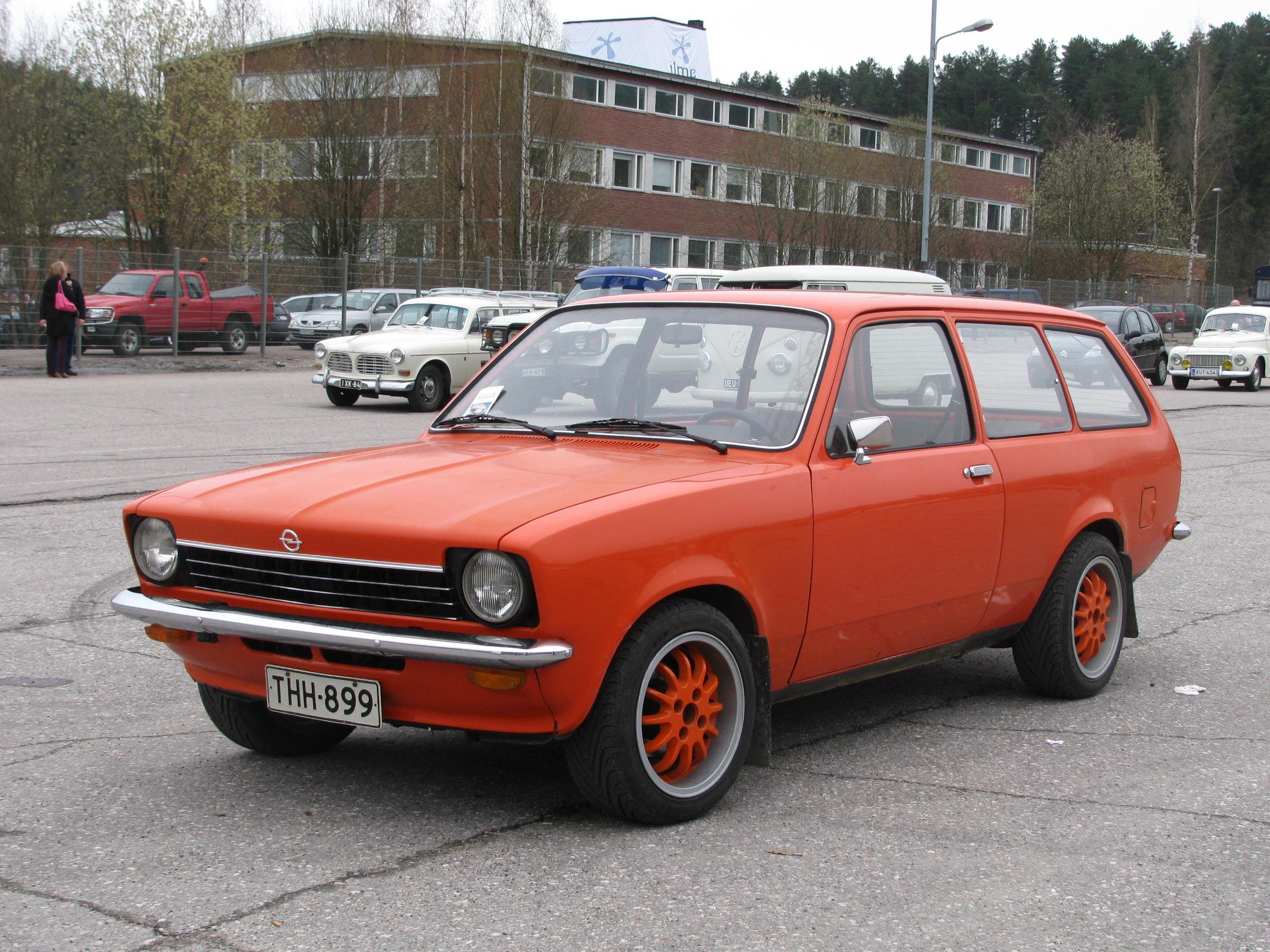 http://upload.wikimedia.org/wikipedia/commons/e/e4/Opel_Kadett_C_Kombi_Lahti.JPG
