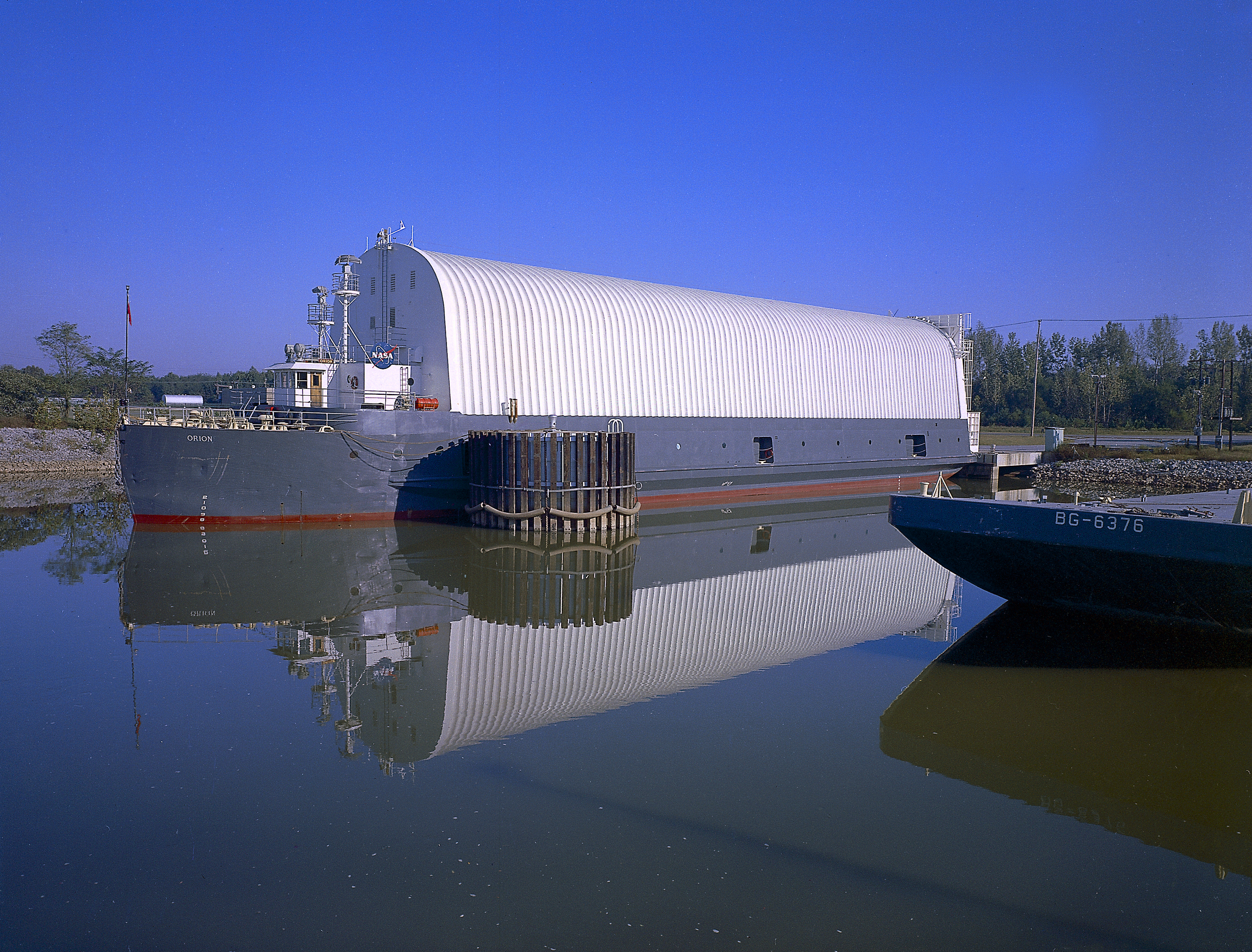 File Orion Barge At Marshall Space Flight Center Dock Jpg