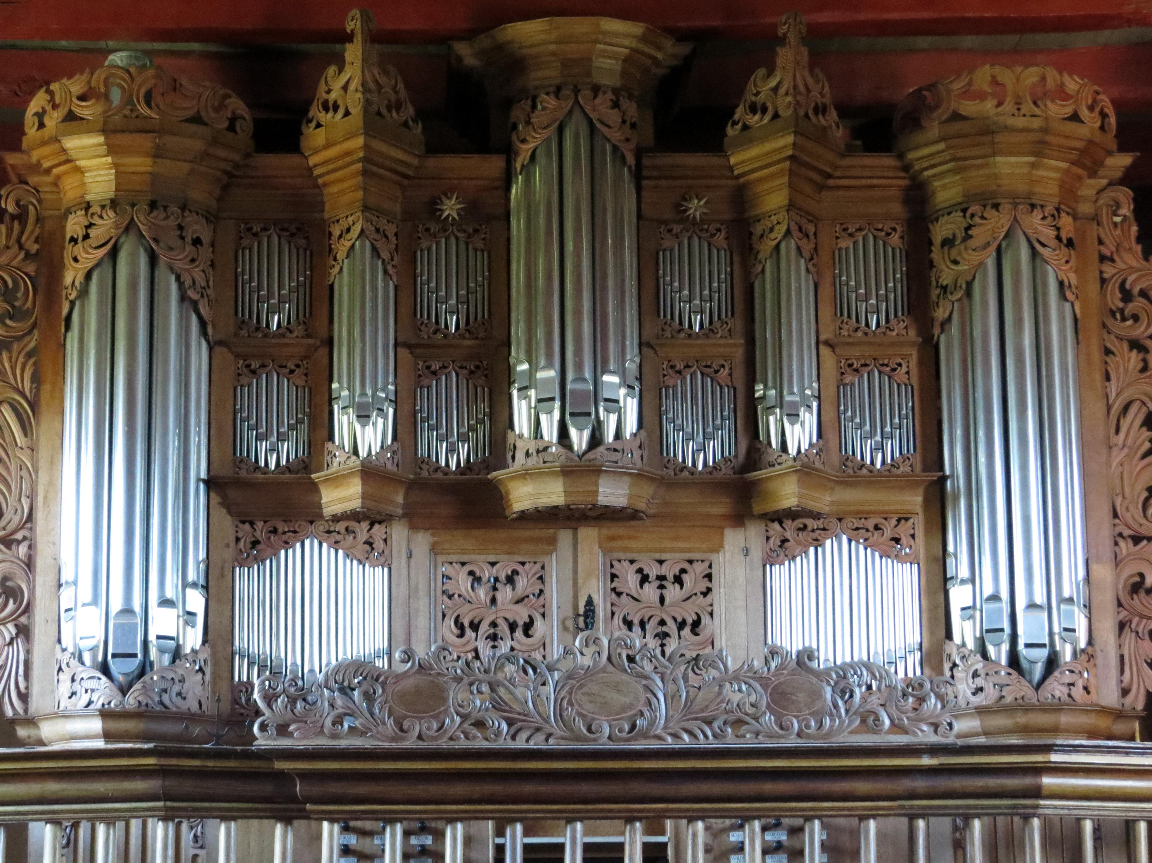 L'orgue baroque en Allemagne du Nord Pellworm_Alte_Kirche_Orgel_1212