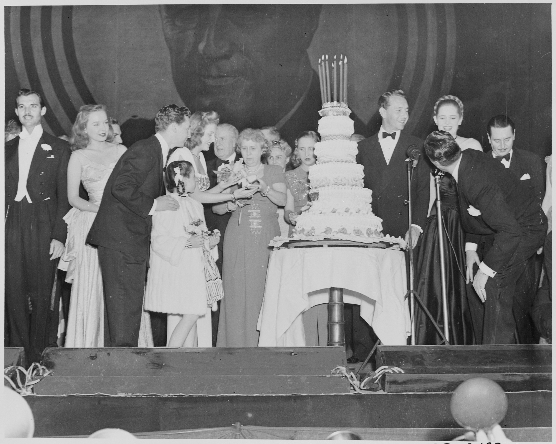 Hollywood Cake Ideas
