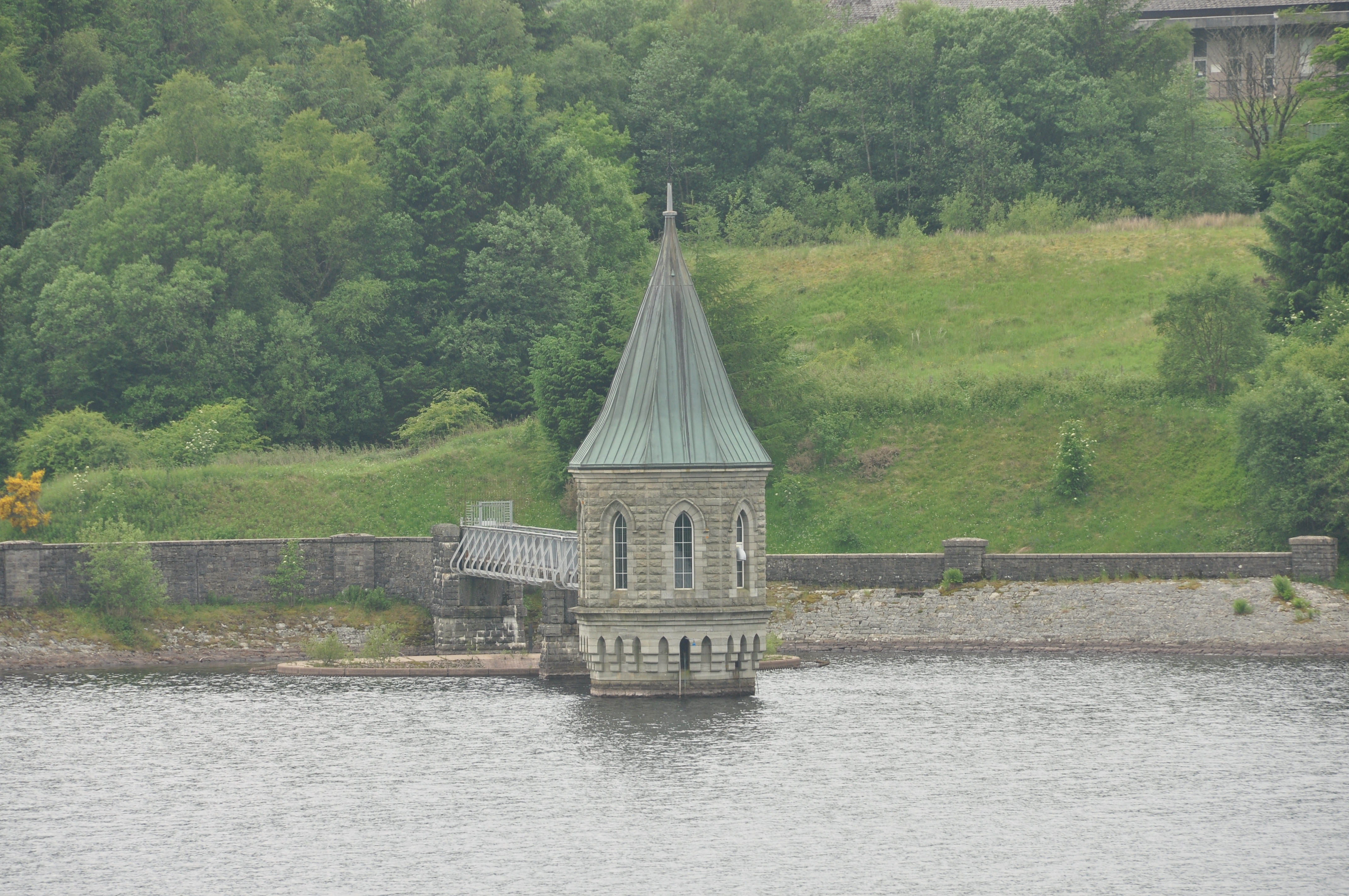 file pontsticill reservoir 8862 jpg wikimedia commons