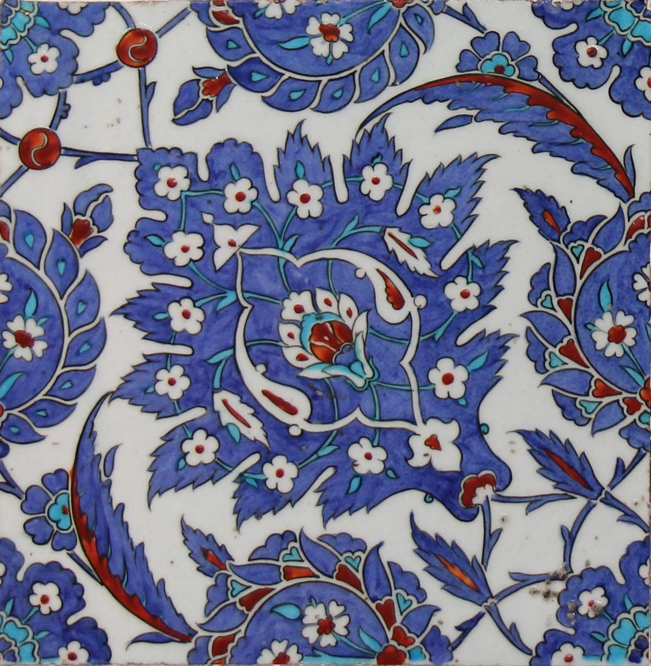 File:Rüstem Pasha mosque tiles - single tile.jpg - Wikimedia Commons