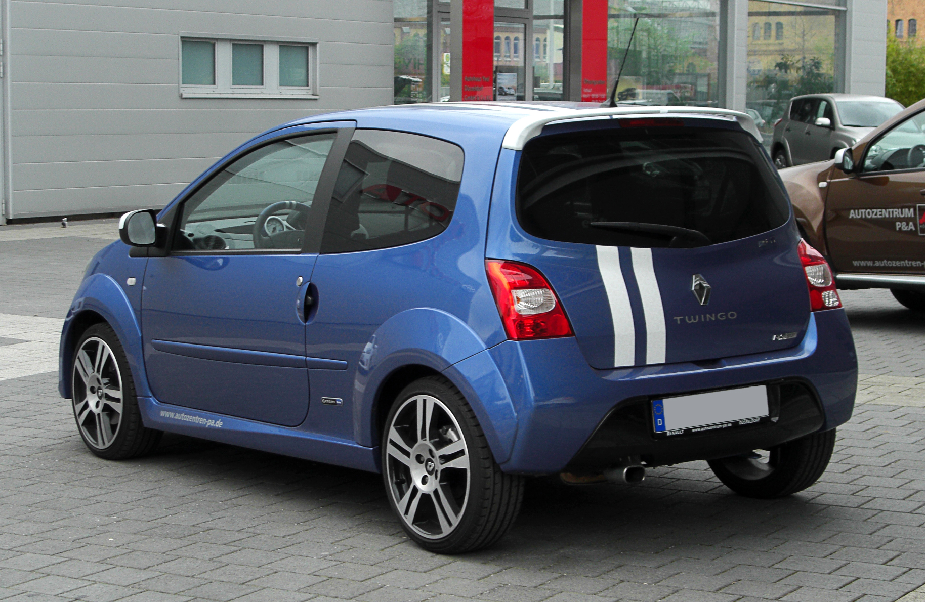 file renault twingo gordini rs ii heckansicht 26 m rz 2011 d wikimedia commons. Black Bedroom Furniture Sets. Home Design Ideas
