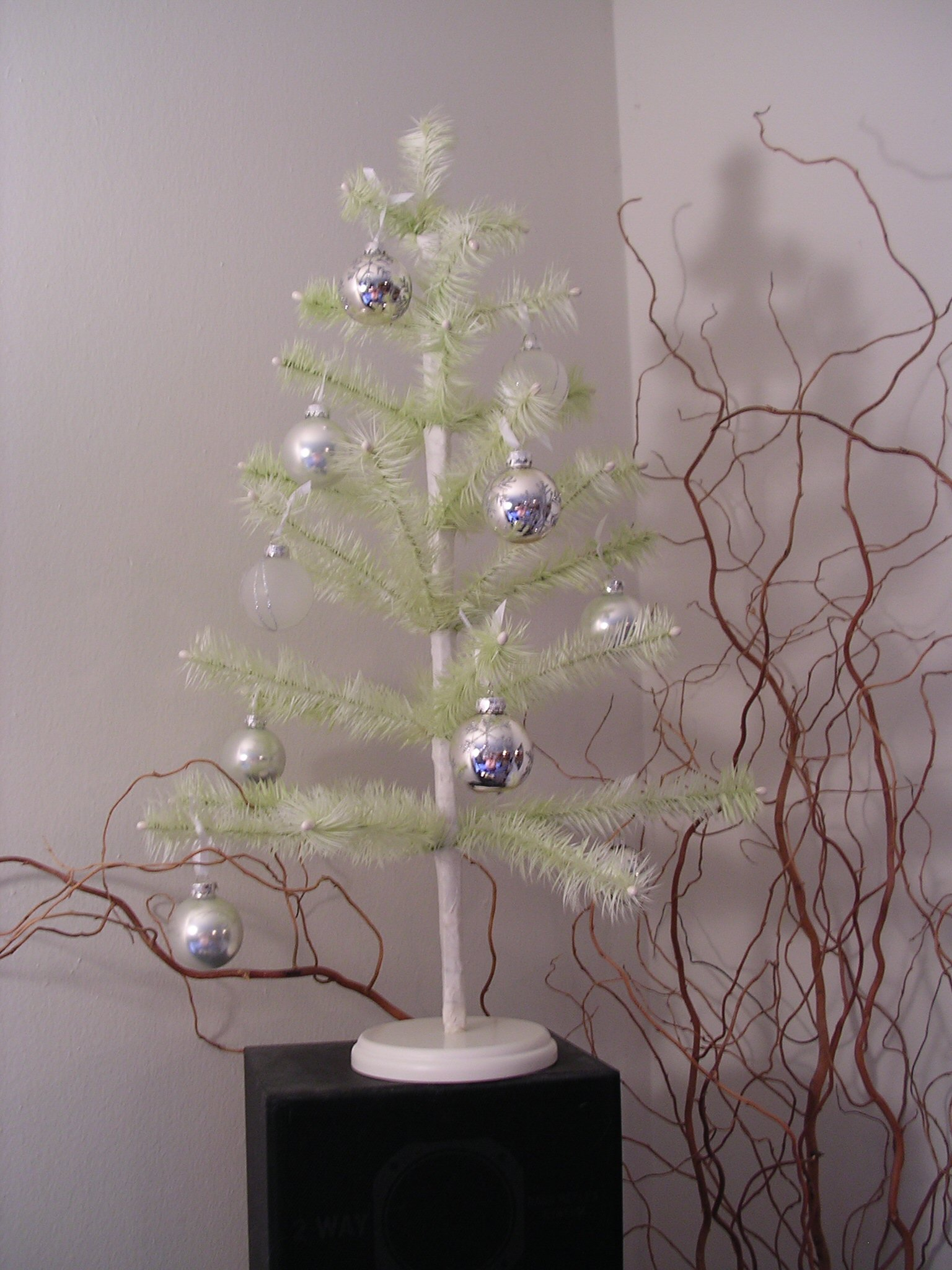 Replica Feather Christmas Tree