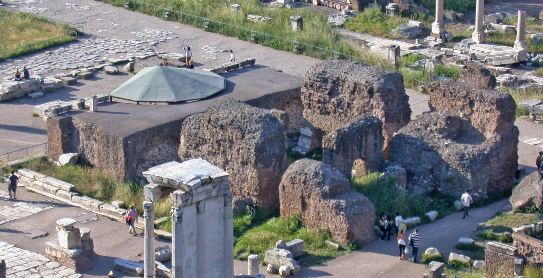 Tempio del divo giulio wikipedia - Il divo giulio ...
