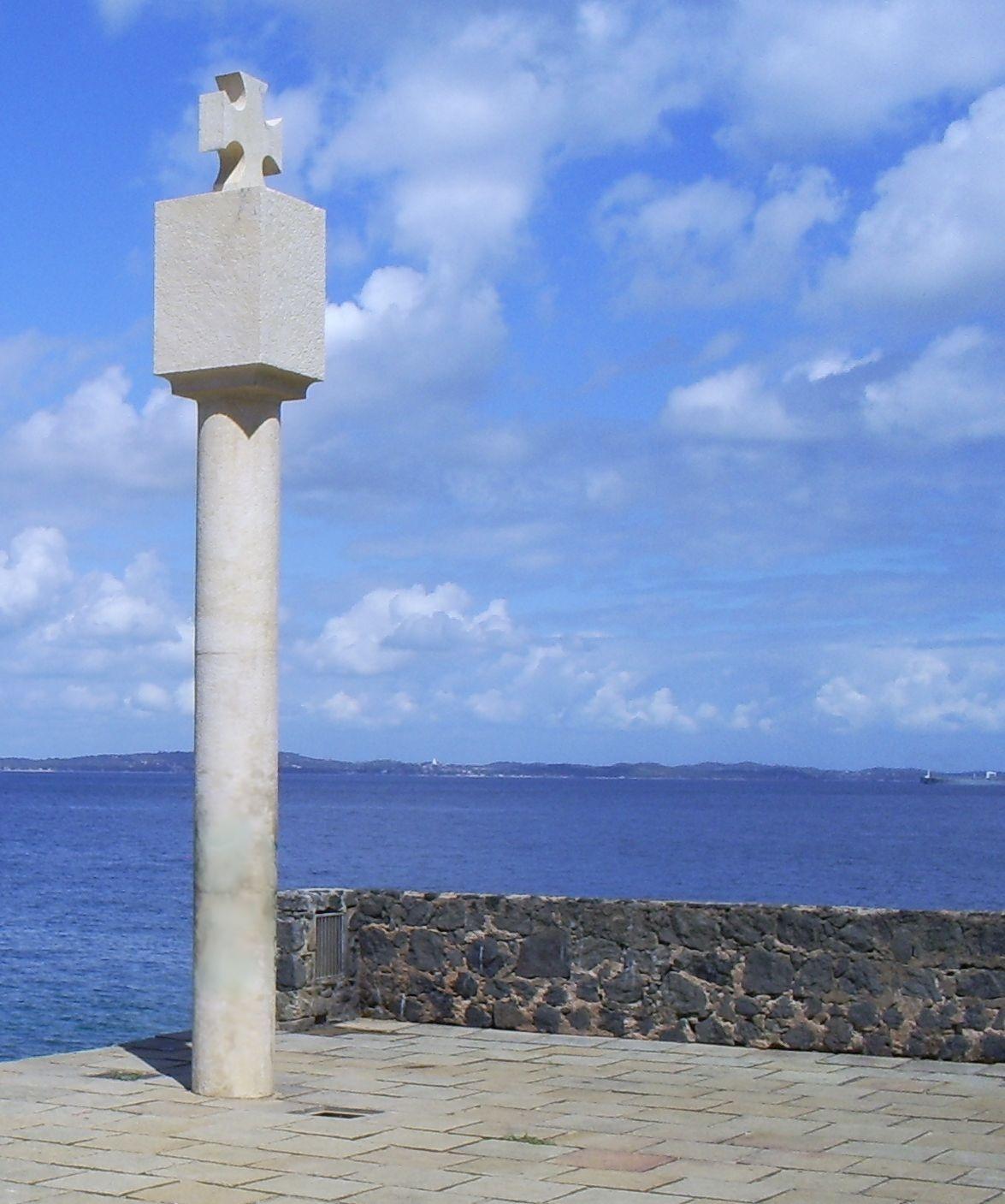 File:Salvador Bahia porto da barra marco.jpg - Wikimedia Commons