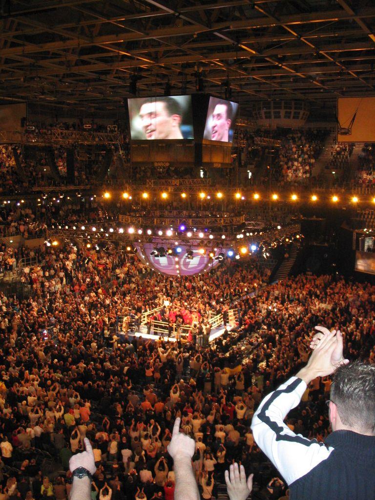 Wl wladimir klitschko wikipedia - Kampf Gegen Chris Byrd In Der Mannheimer Sap Arena Am 22 April 2006