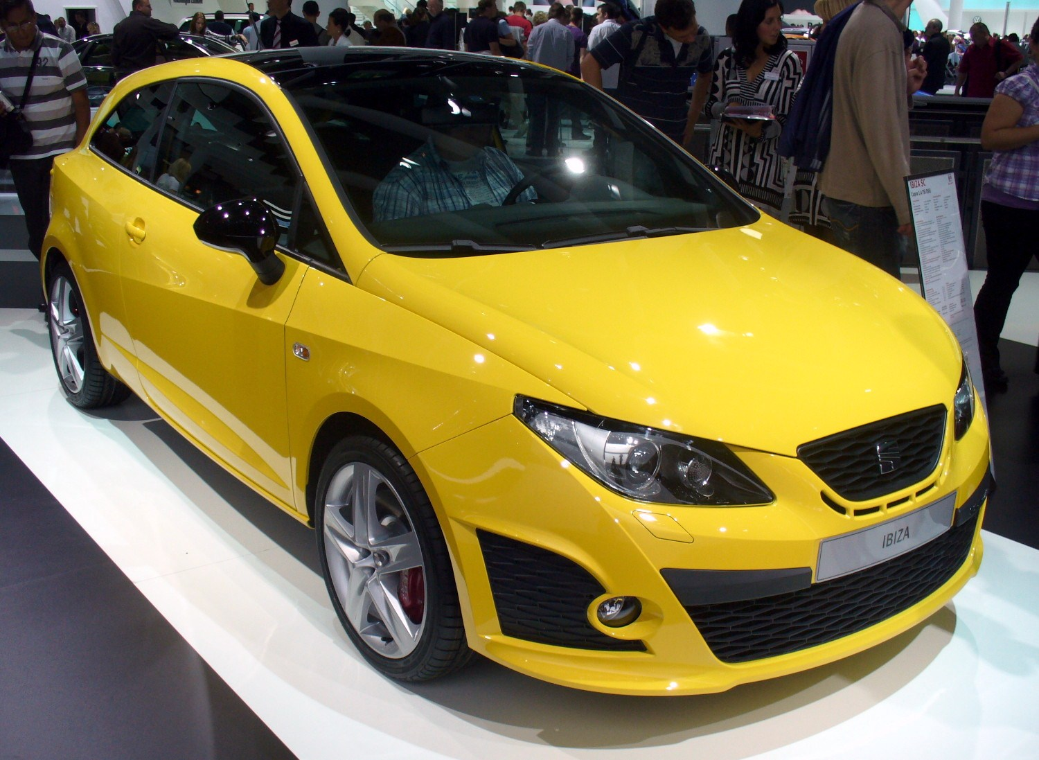 file seat ibiza 6j cupra jpg wikipedia. Black Bedroom Furniture Sets. Home Design Ideas
