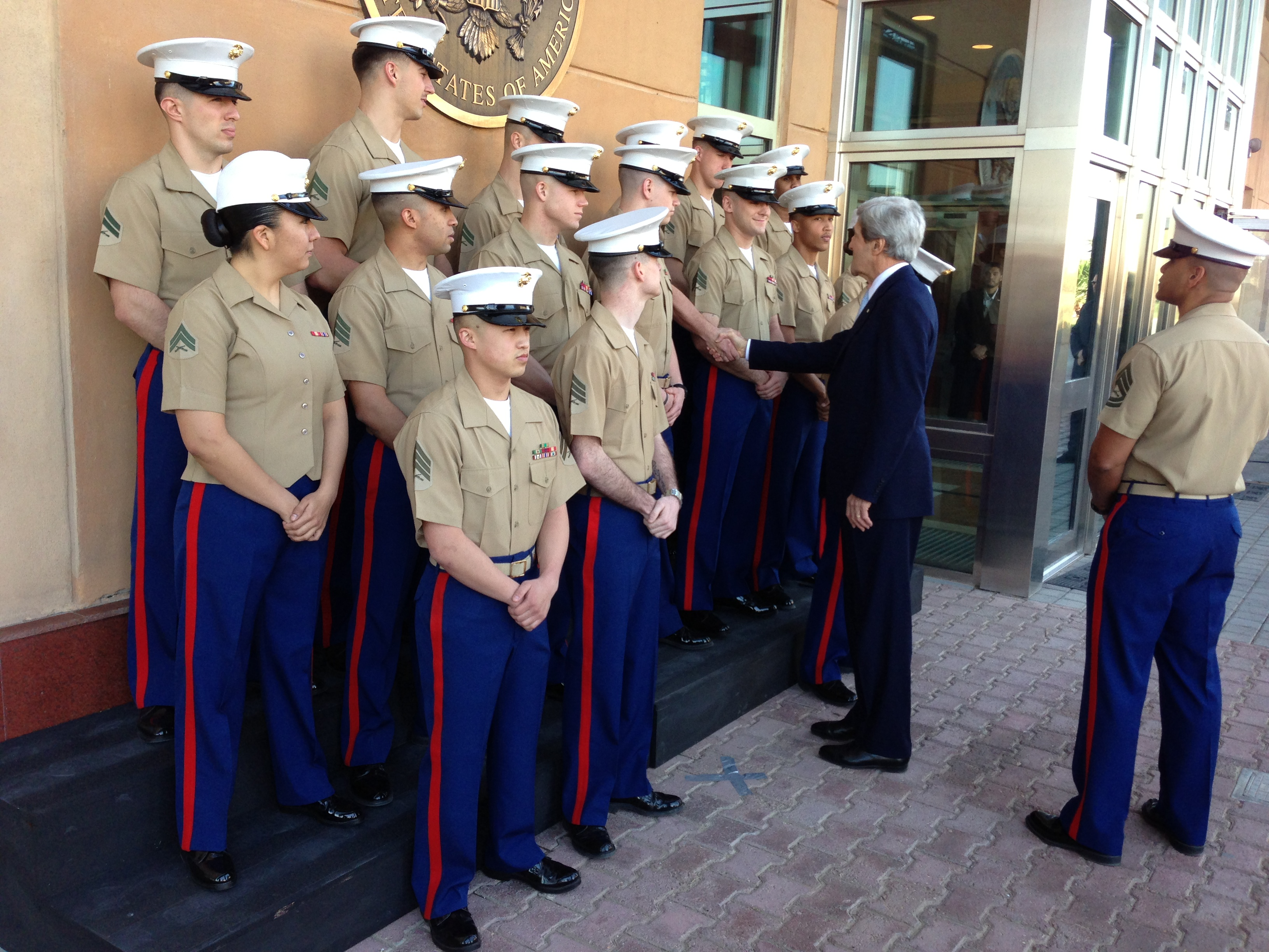 filesecretary kerry and the us embassy baghdad marine corps detachmentjpg