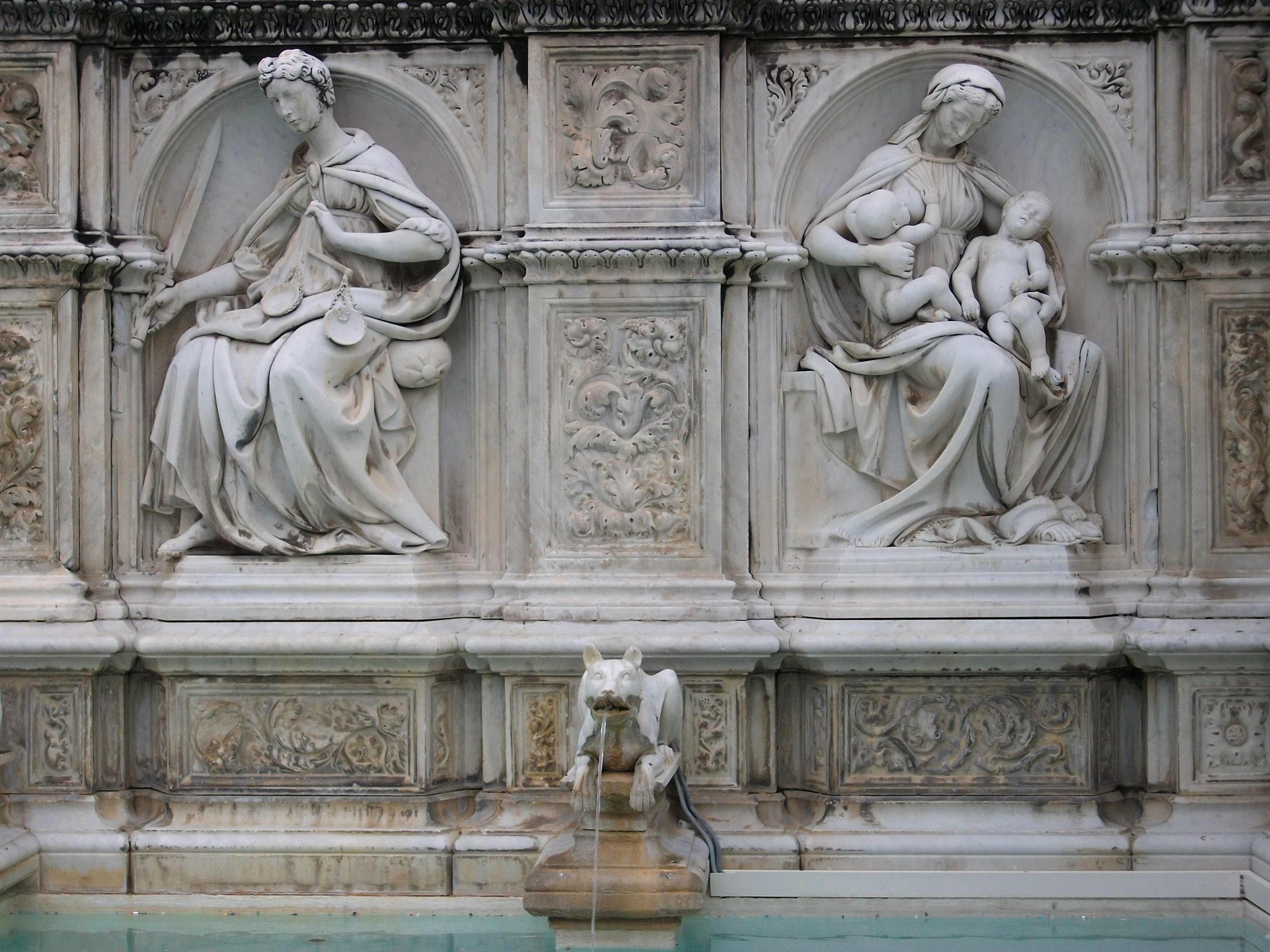Siena, Fonte Gaia.JPG