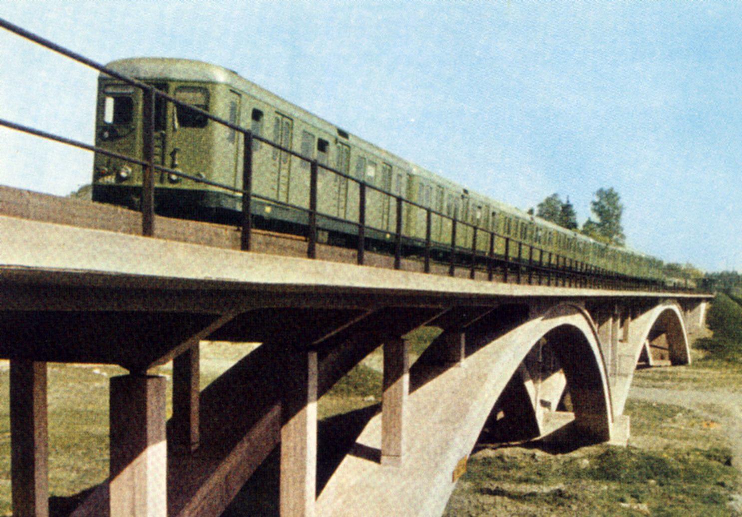 Description Stockholms Tunnelbana 1960.jpg